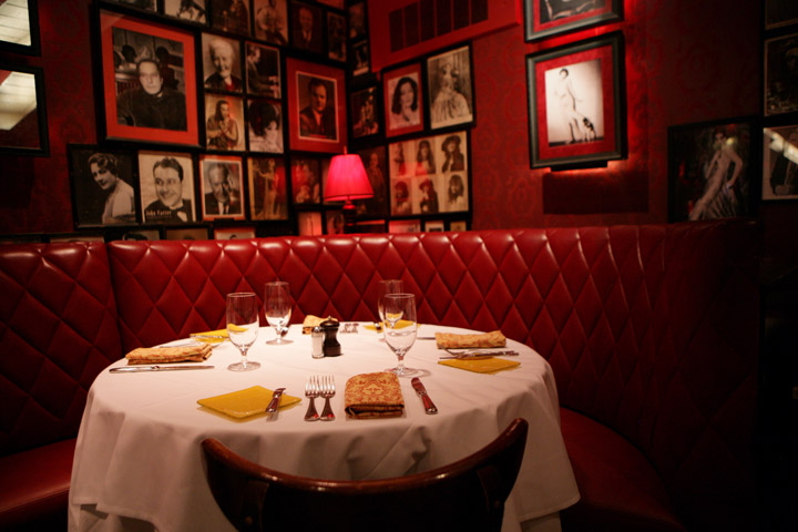 career-waitress-asma-allalou-strip-house-nyc-blogpost-interior.jpg