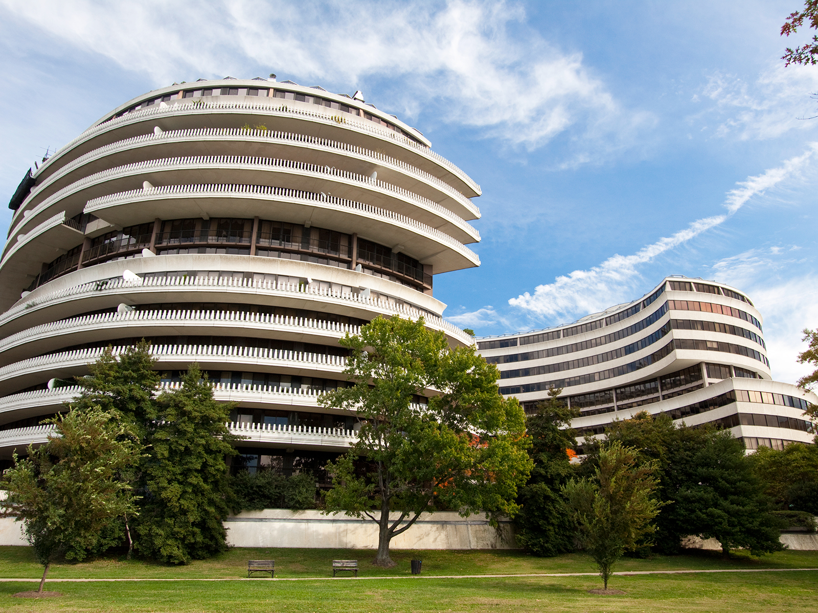 The Watergate Hotel Has a Fascinating Food History