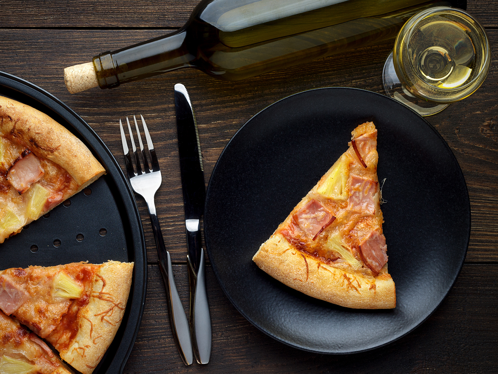 wine and pizza and other fast foods