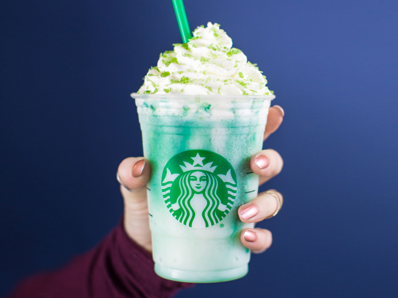 We Tried Starbucks' New Crystal Ball Frappuccino