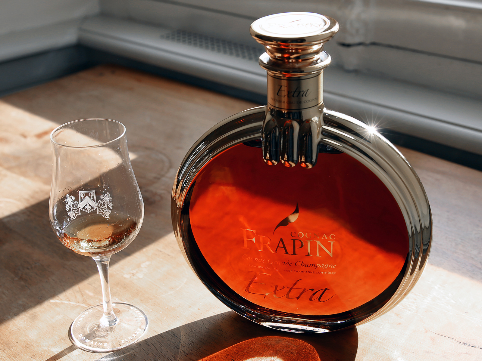 ae6111acdc4 Whiskey Lovers, Here's Why You Should Be Drinking Cognac Instead ...