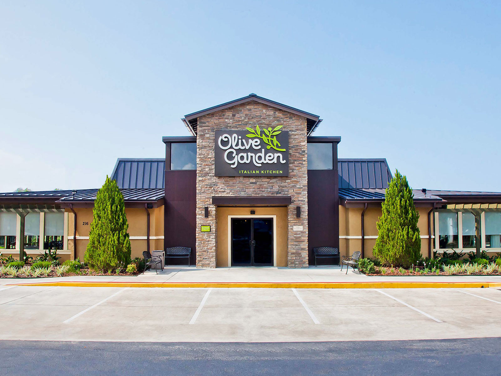 This Couple Is Naming Their Firstborn Child After Olive Garden Food Wine
