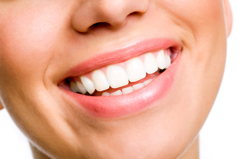 How To Eat Your Way To Whiter Teeth (No Health Food Shop Required)