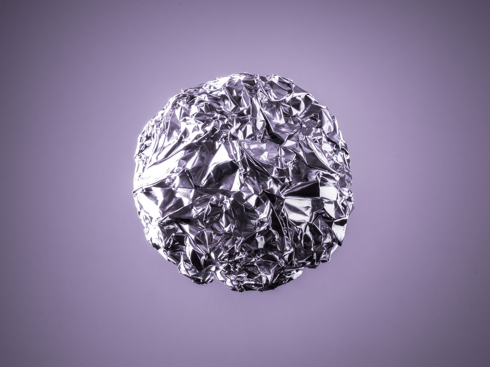 Polished Aluminum Foil Balls and More Entertaining Finds on the Internet This Week
