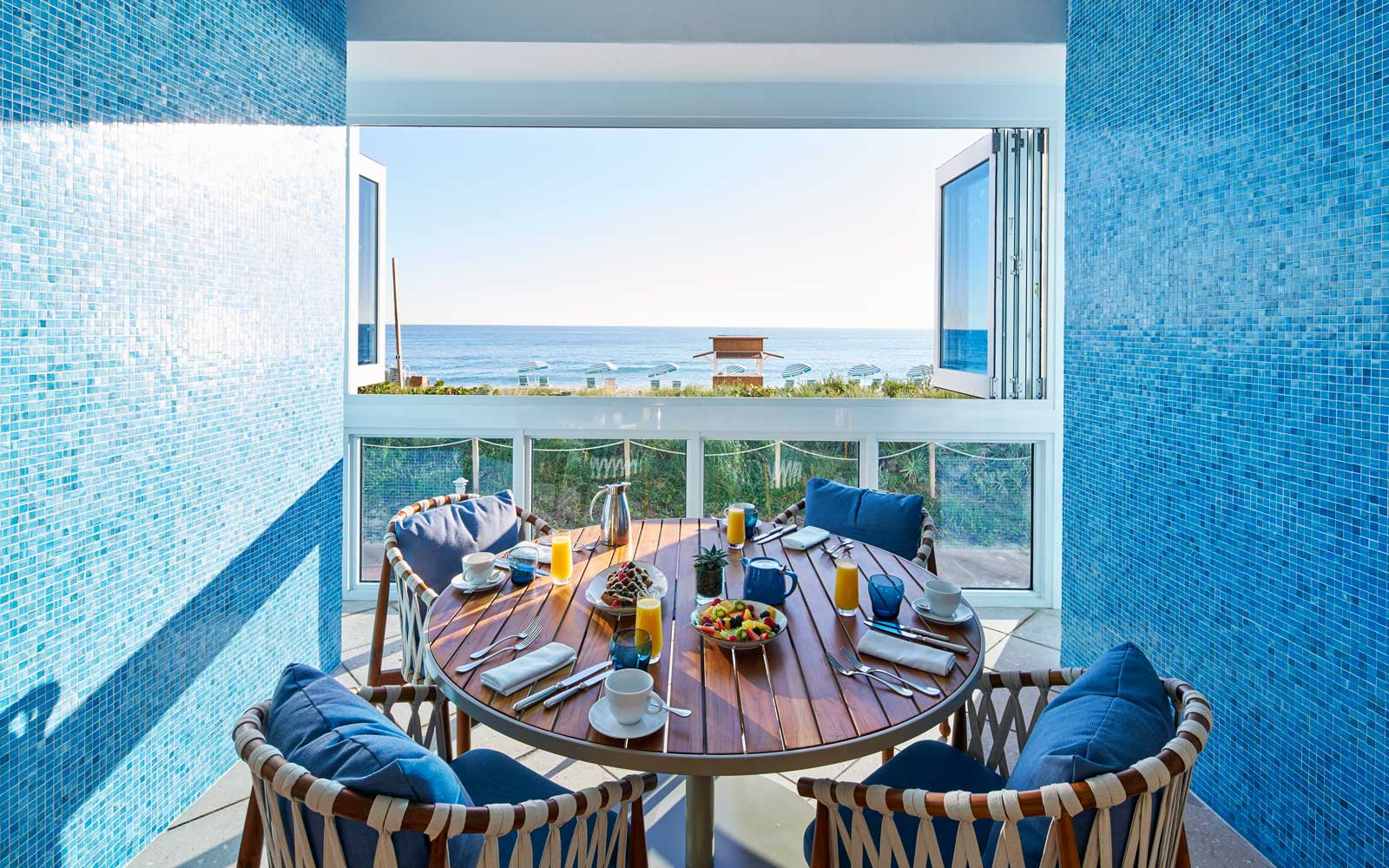 Breakfast with a view at the Carillon Miami Wellness Resort