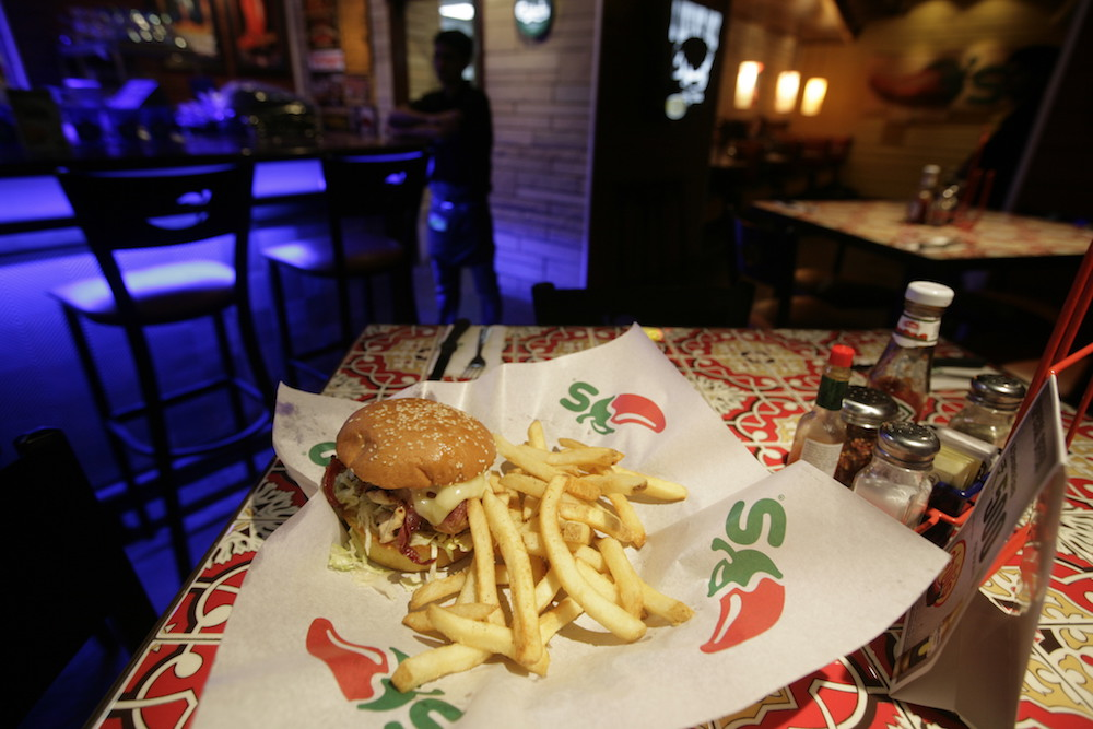 chilis-burger-blog418.jpg