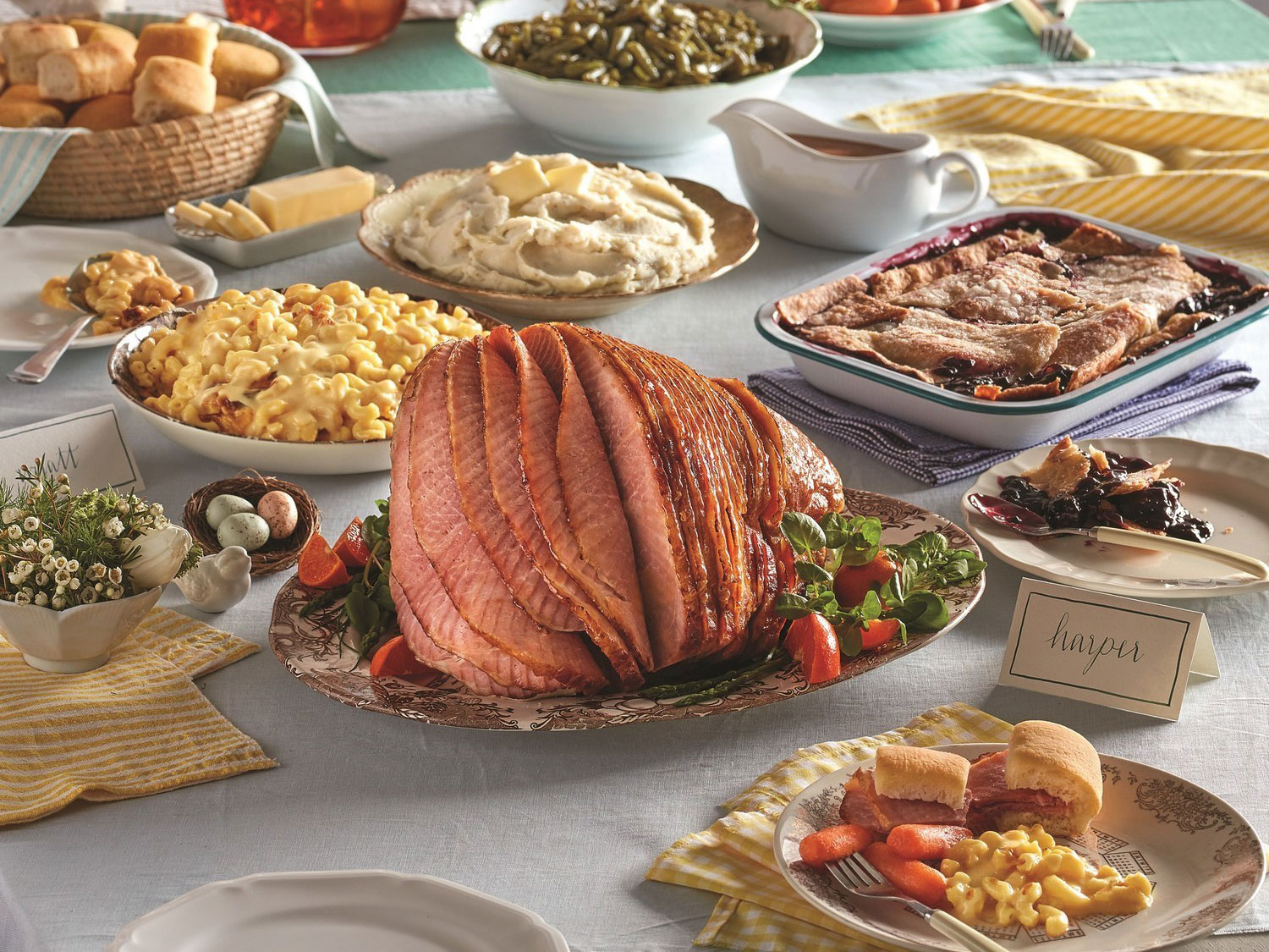 Cracker Barrel Gives Back to Military Families with Operation Homefront