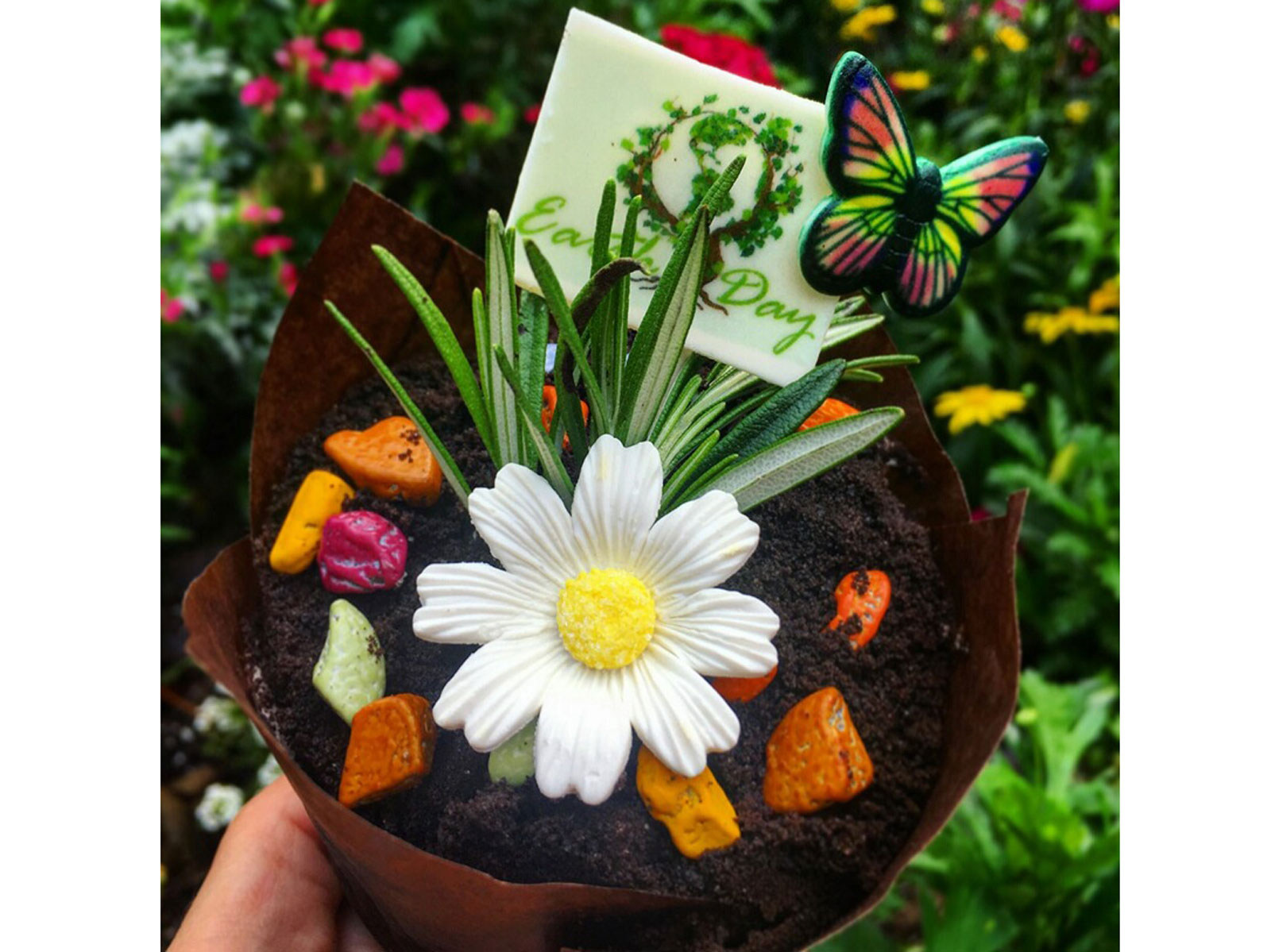 disney-earth-day-cupcake-garden-FT-BLOG0418.jpg
