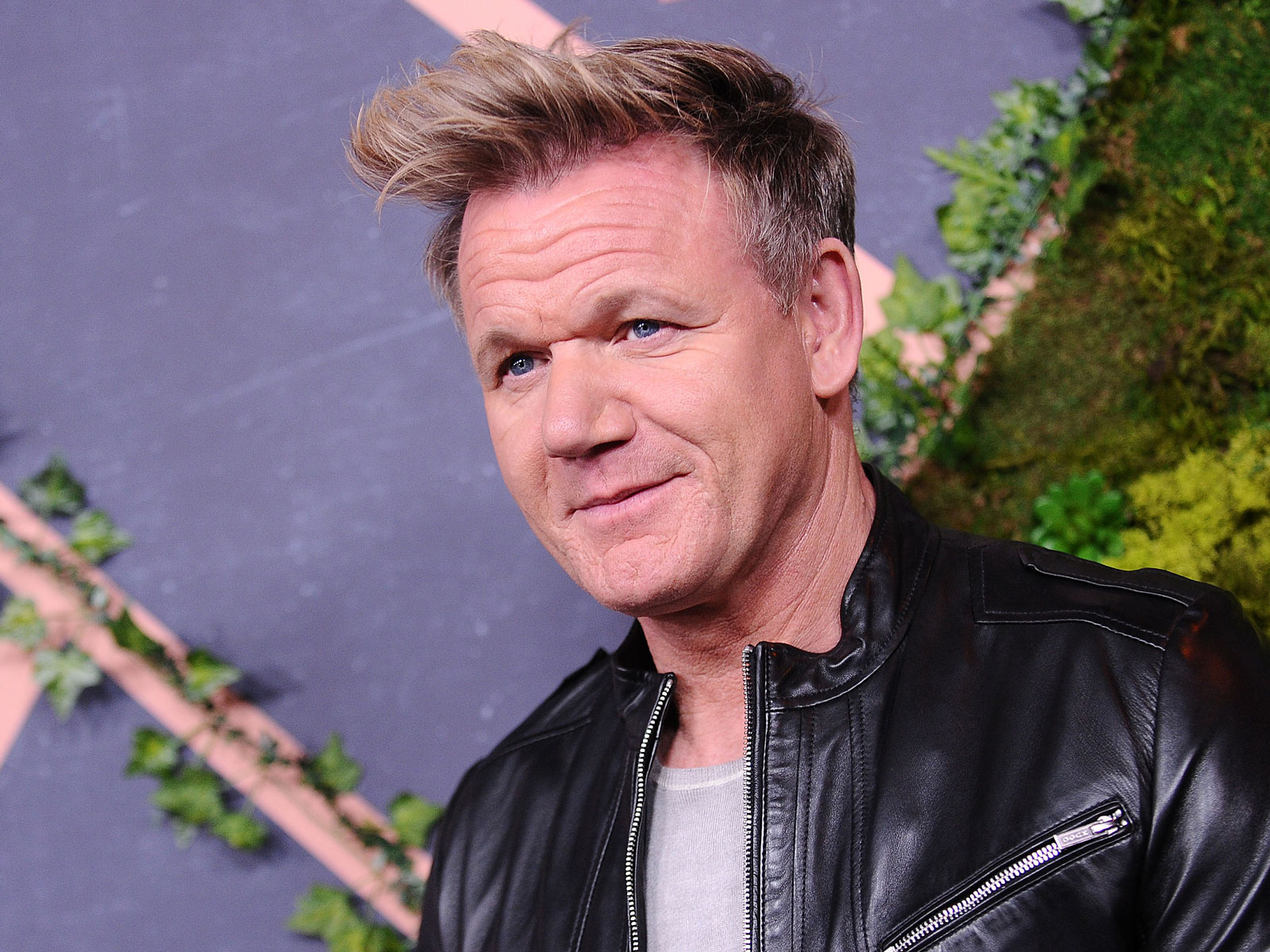 Video of Gordon Ramsay Making Pad Thai Proves He's Not Immune to Criticism