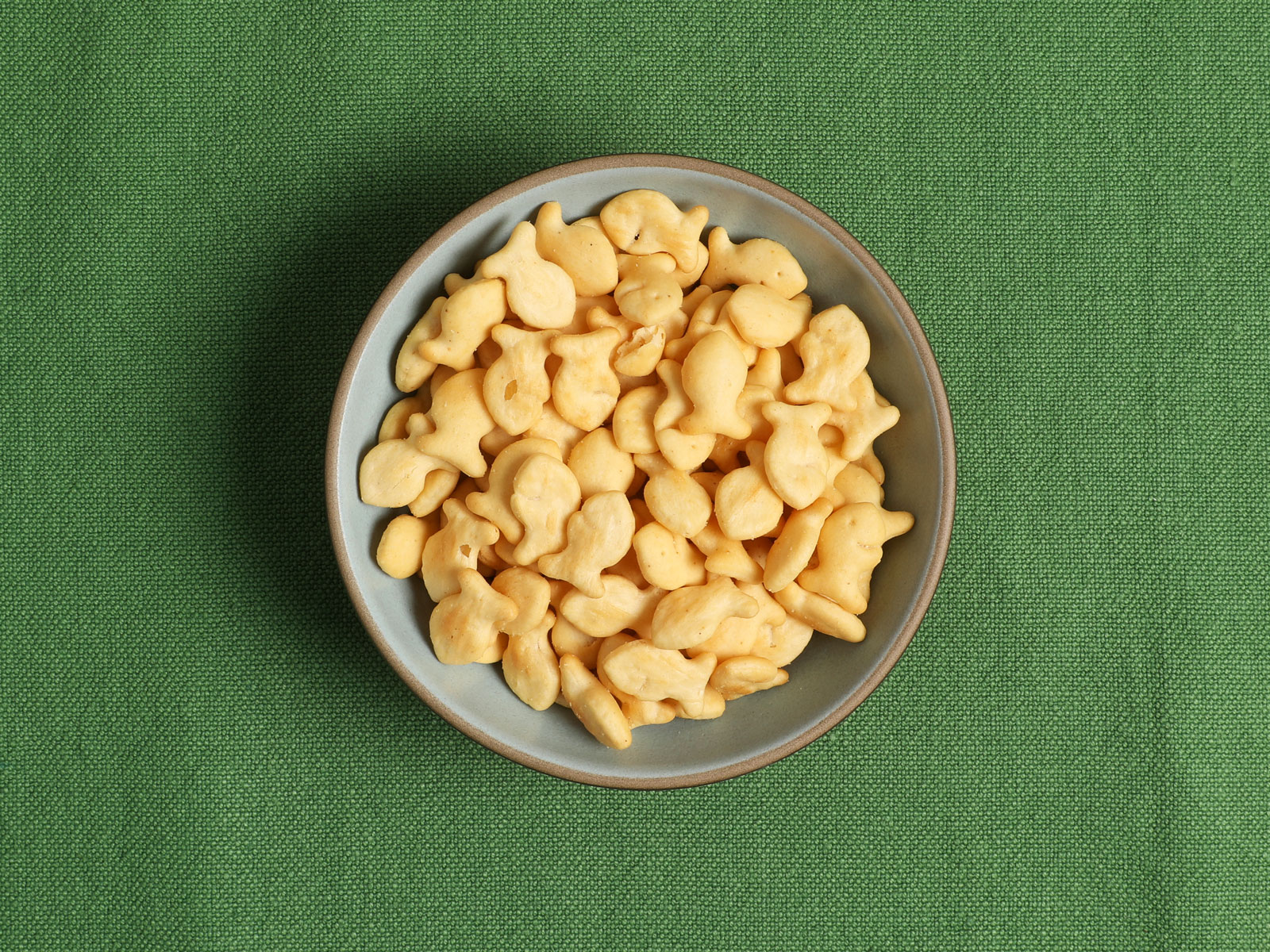 Organic Wheat Saltine Goldfish