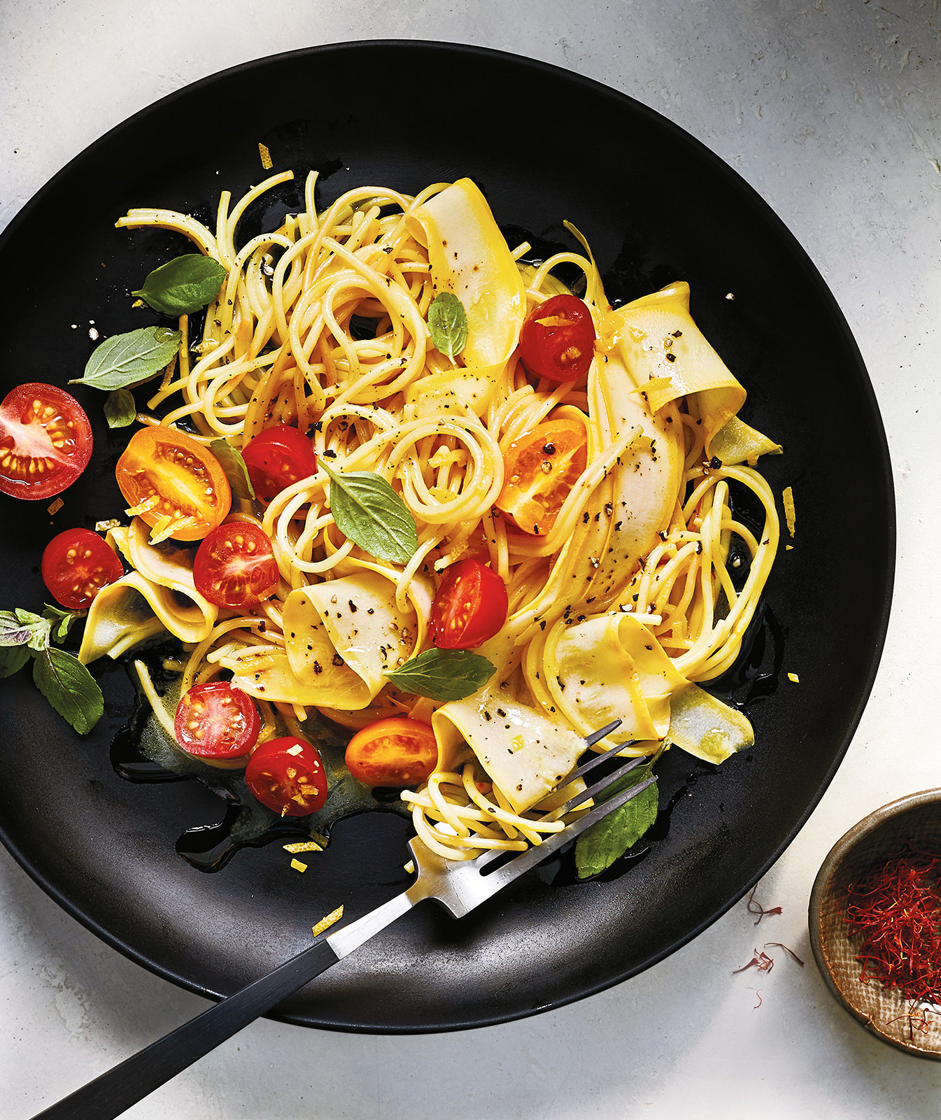 The Secret To A Really Good (Never Mushy) One Pot Pasta