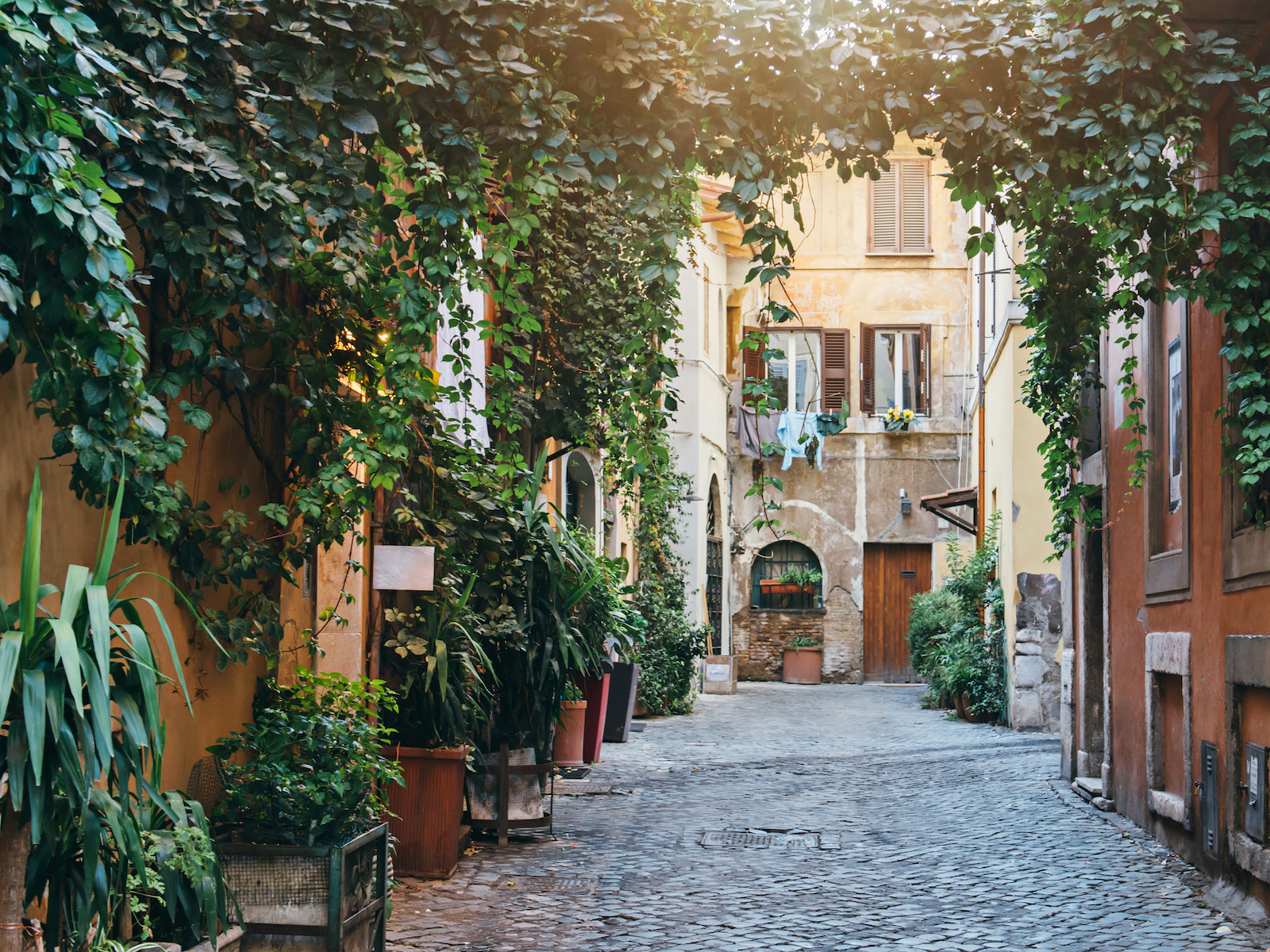 This is the best neighborhood in rome to get lost food for Hotel trastevere rome
