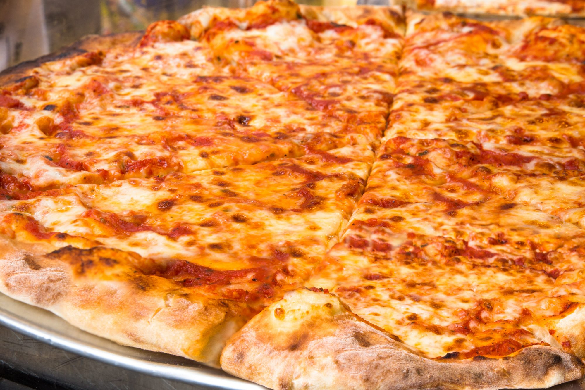 New York Pizza Flown to L.A.