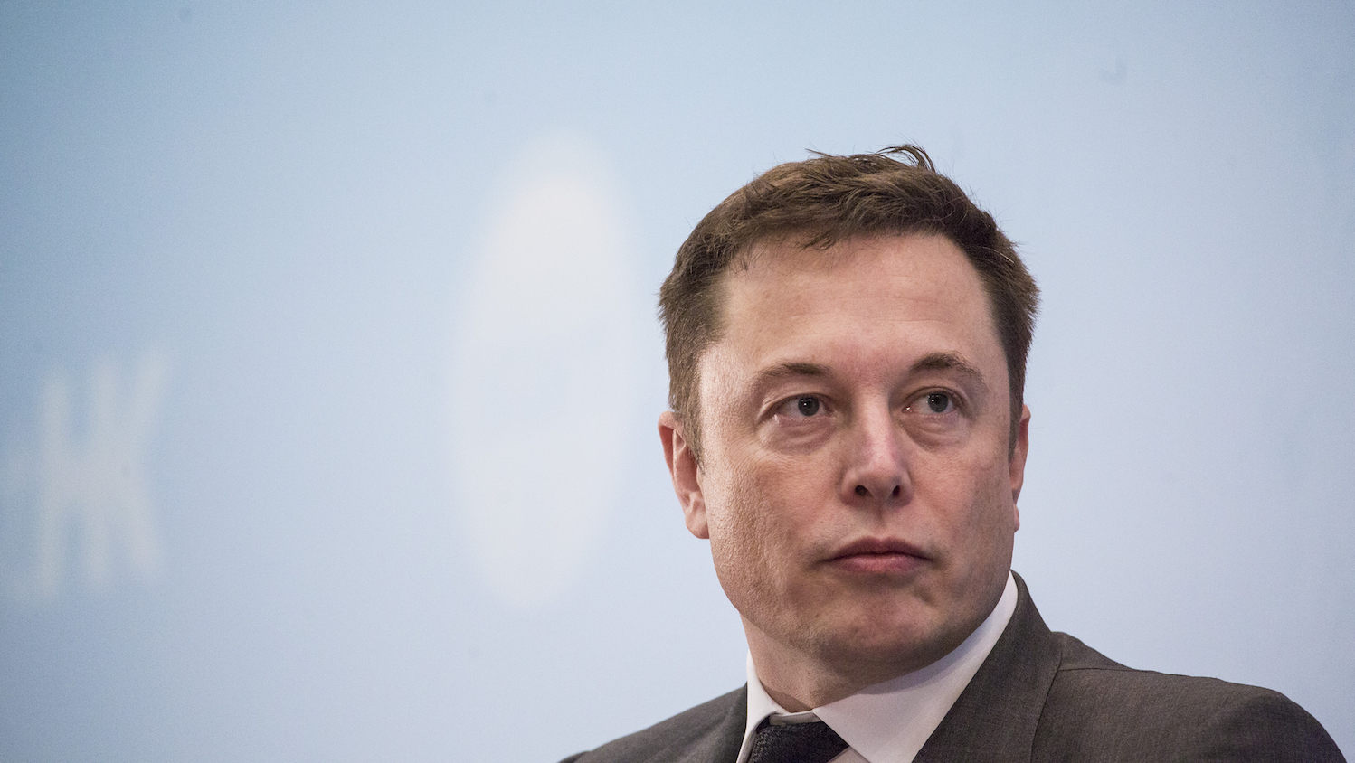 Elon Musk Plans to Start Candy Company