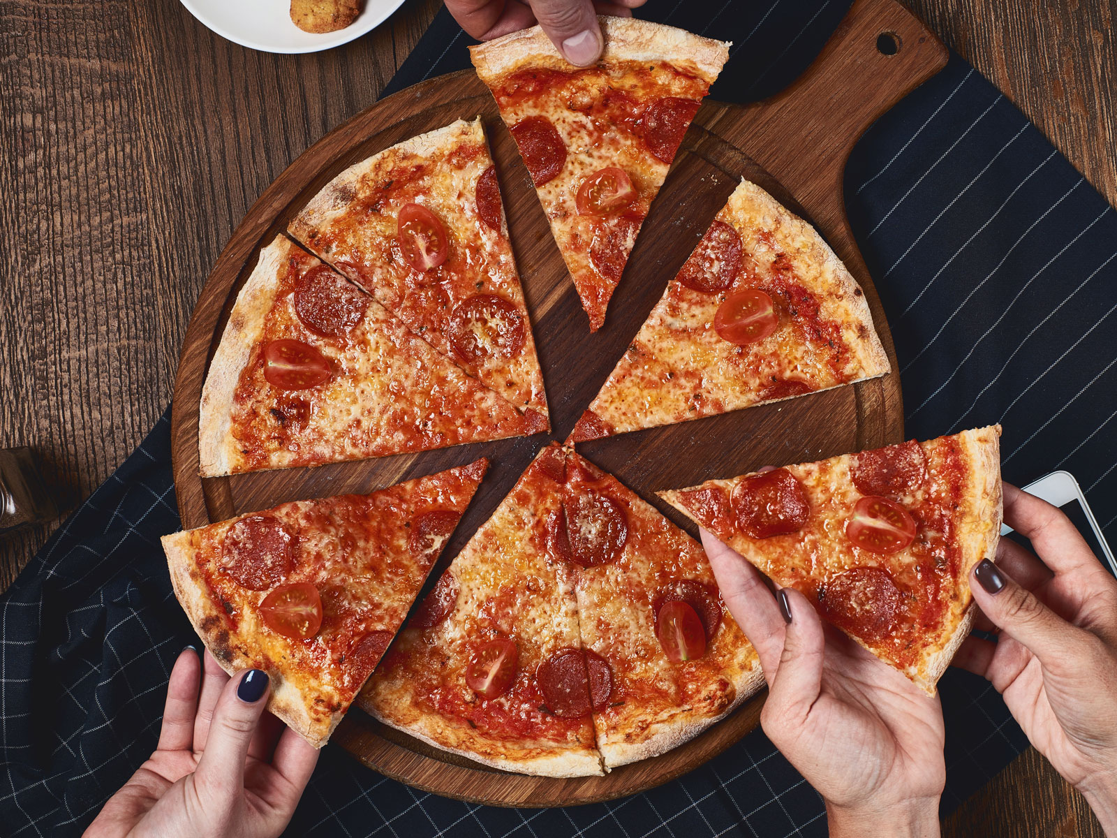 pizza-yoga-FT-BLOG0518.jpg