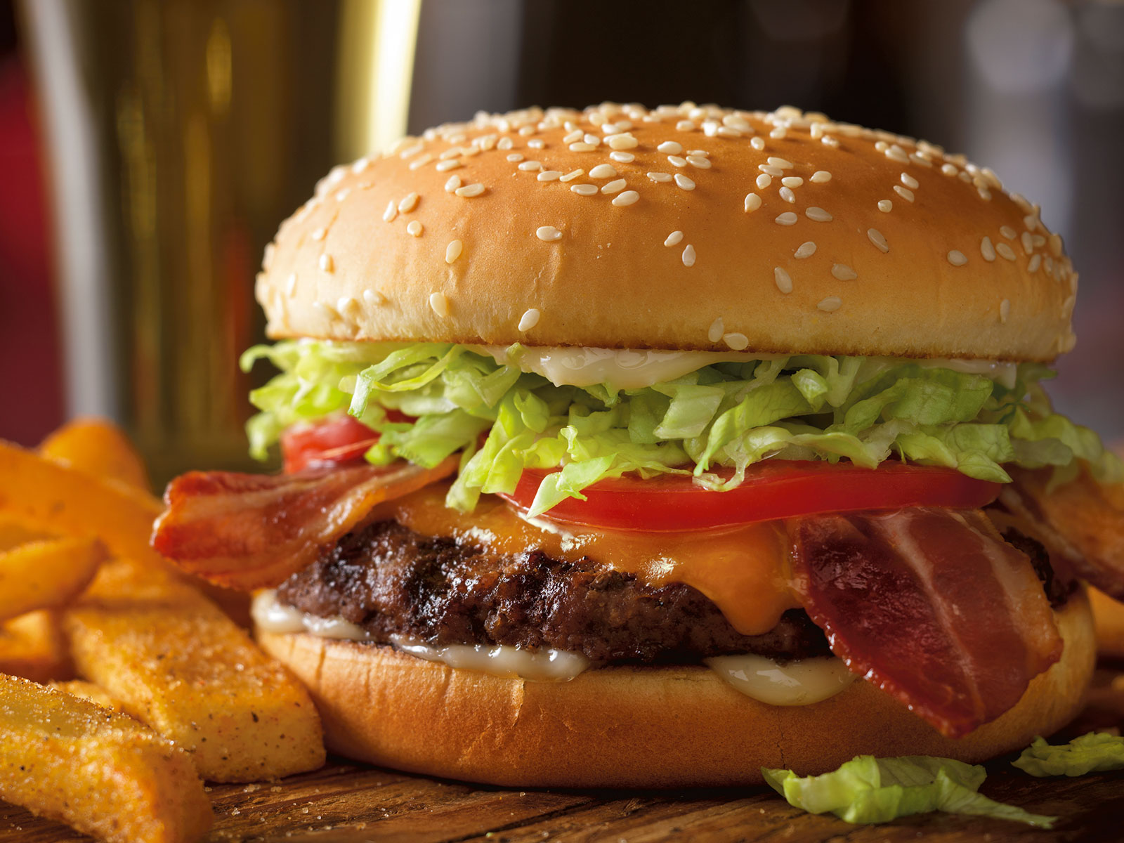 red-robin-free-burger-FT-BLOG0518.jpg