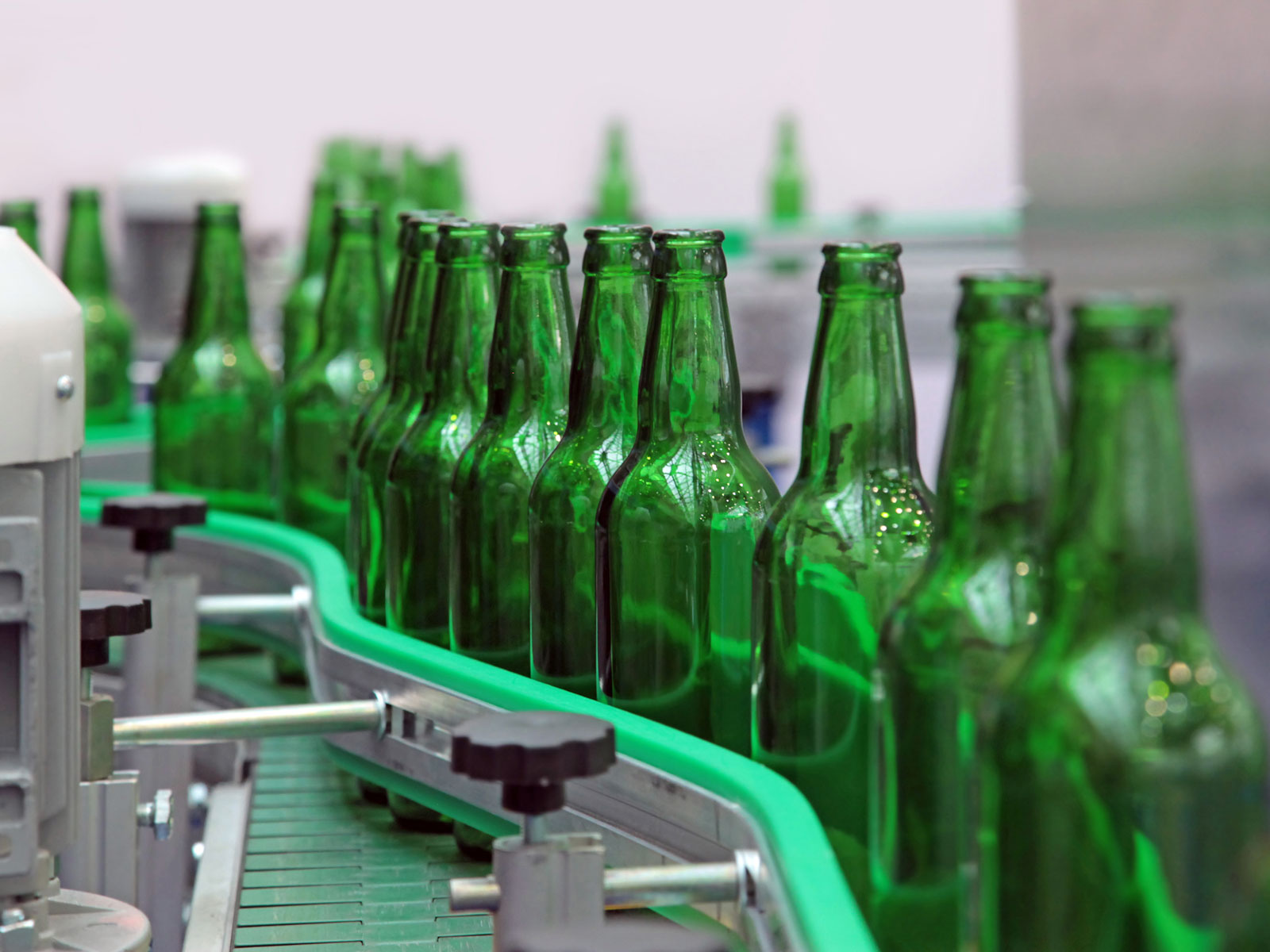 refill-beer-bottles-FT-BLOG0518.jpg