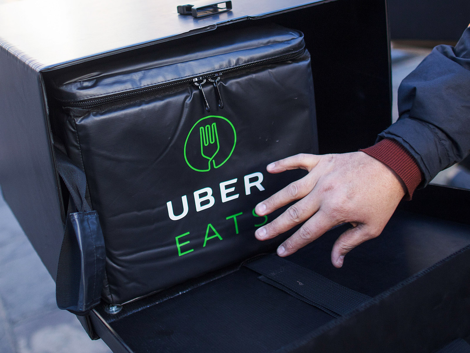 uber eats during snowstorm this year