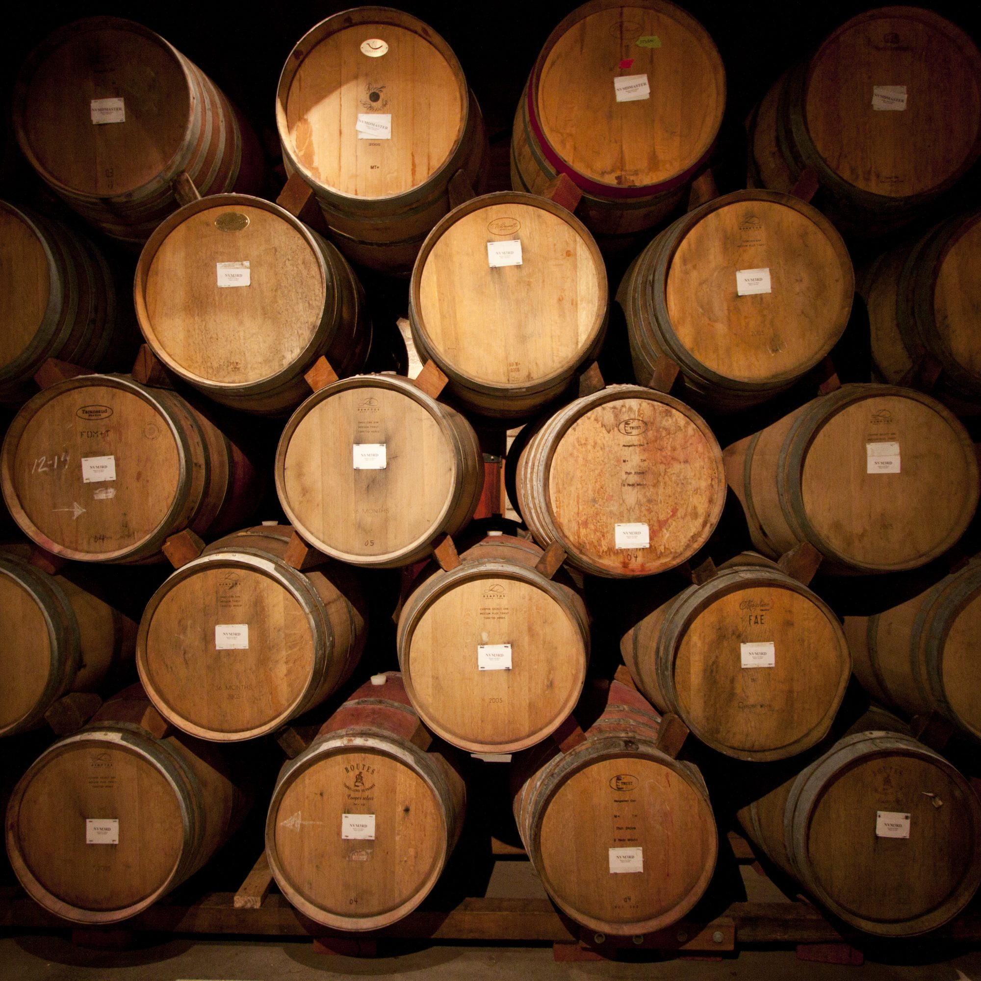 Wine Barrel Crash-Course: 10 Types of Oak Winemakers Love