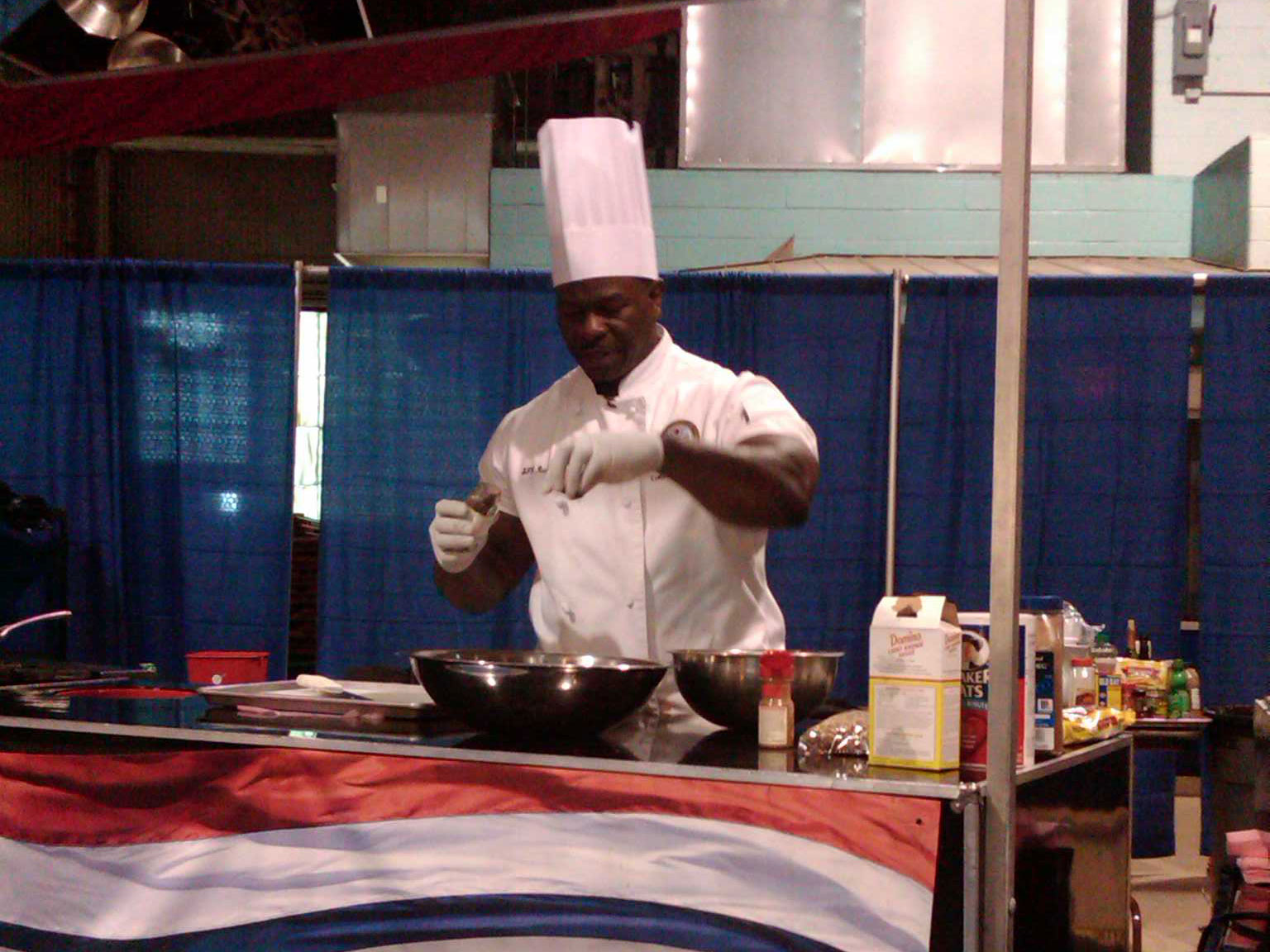 Meet Andre Rush The White House Chef With The Viral Biceps