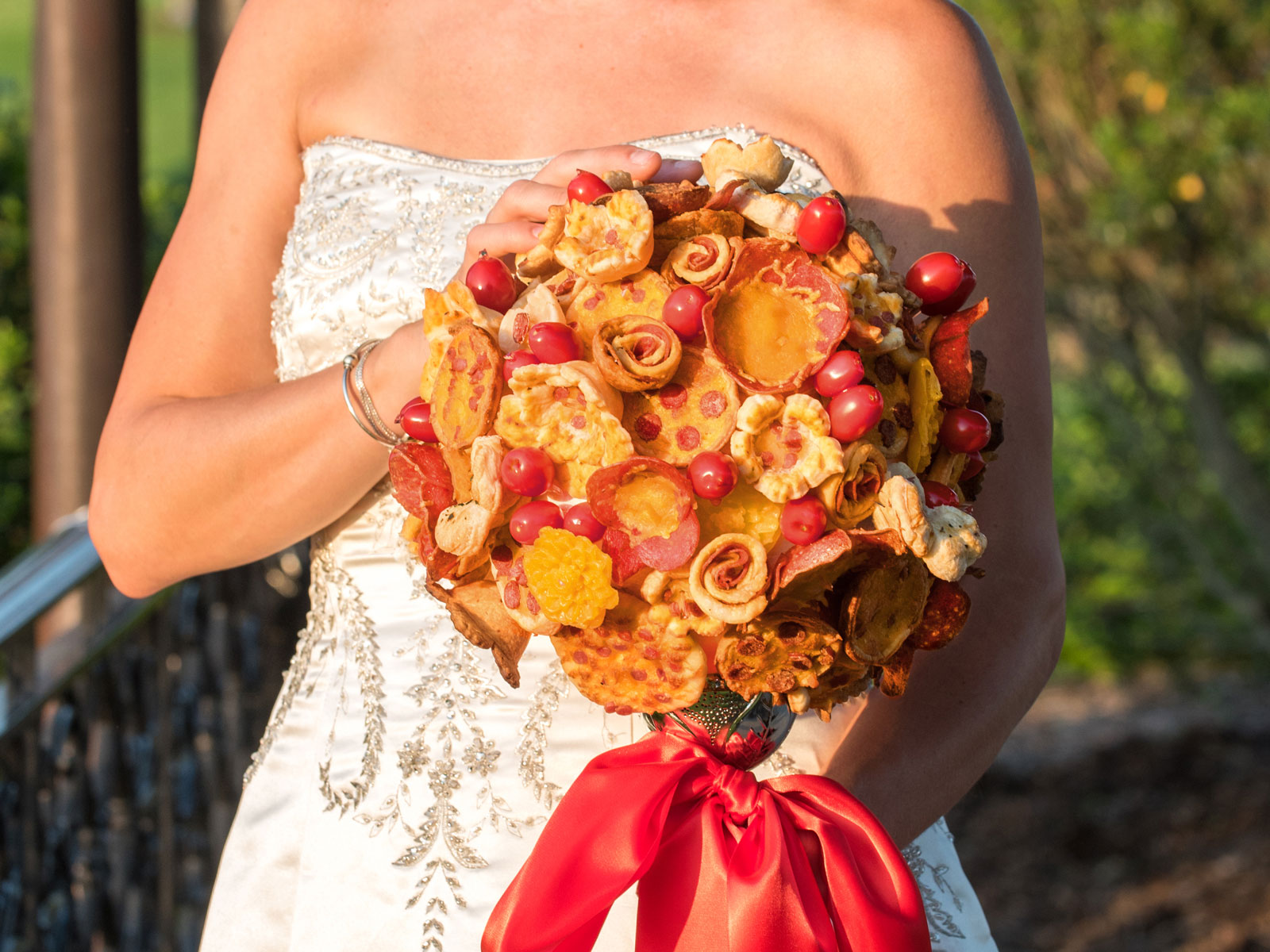 These Pizza Bouquets and Boutonnieres Are a Saucy Addition to Any Wedding