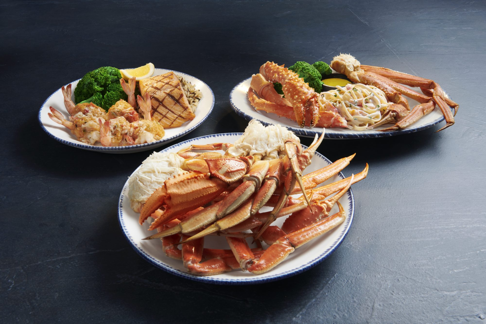 Do Red Lobster's Crabfest Entrées Hold Up After an Hour-Long Subway Ride?