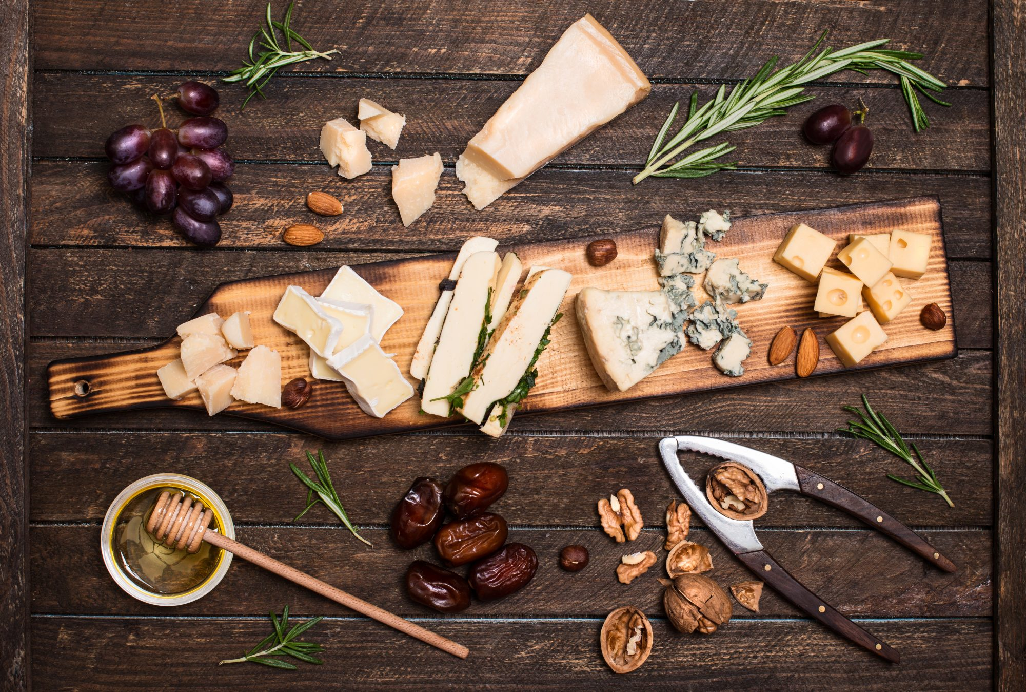 How to Organize a Proper Cheese Tasting