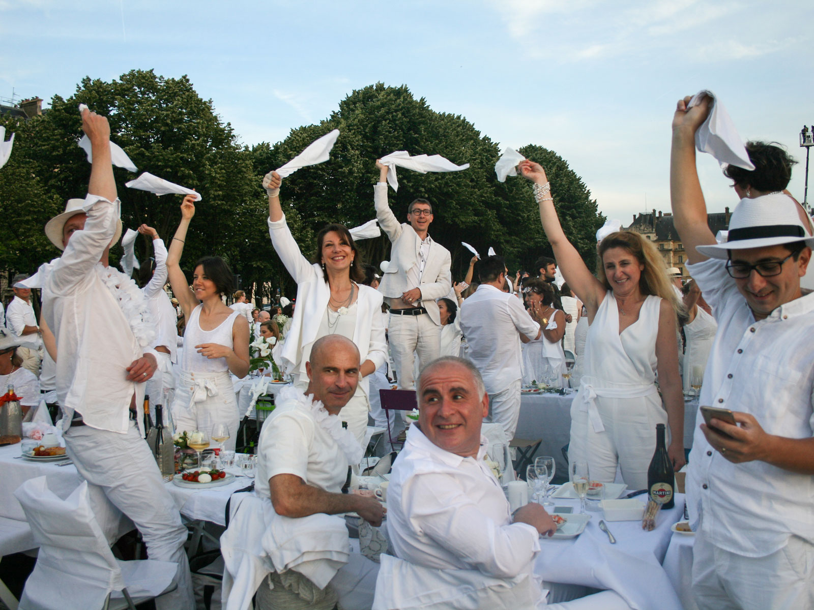 Sofitel Hotels Will Cater Your Entire Dîner en Blanc Experience