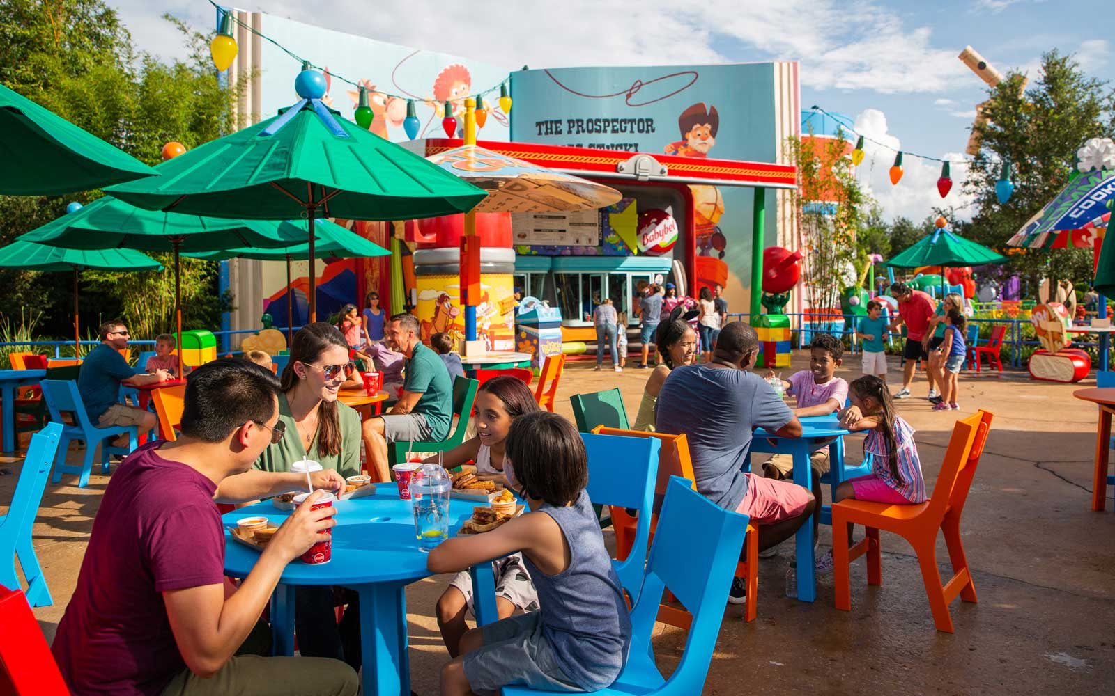 Disney Will Eliminate Plastic Straws From Its Parks by 2019
