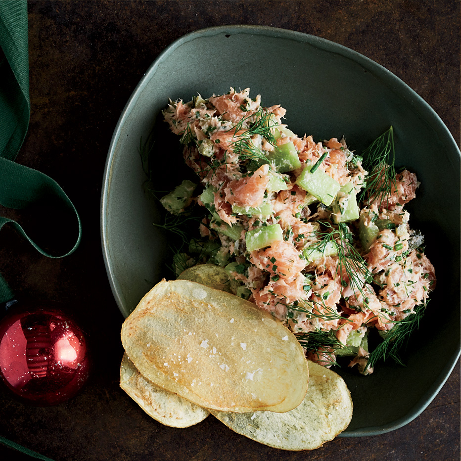 Herbed Salmon Tartare with Chips