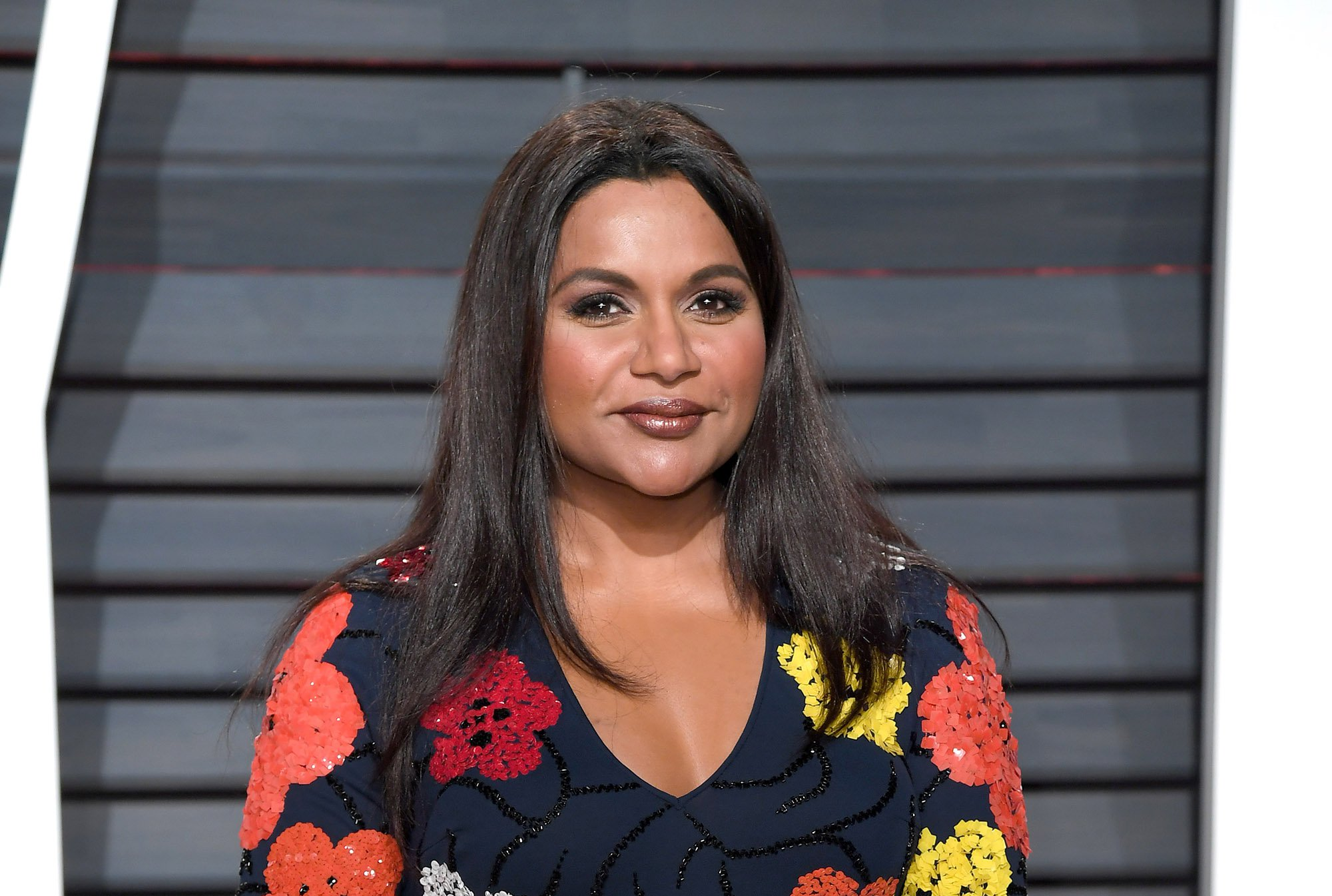 Cory Booker Just Asked Mindy Kaling to Dinner on Twitter. She Said Yes.