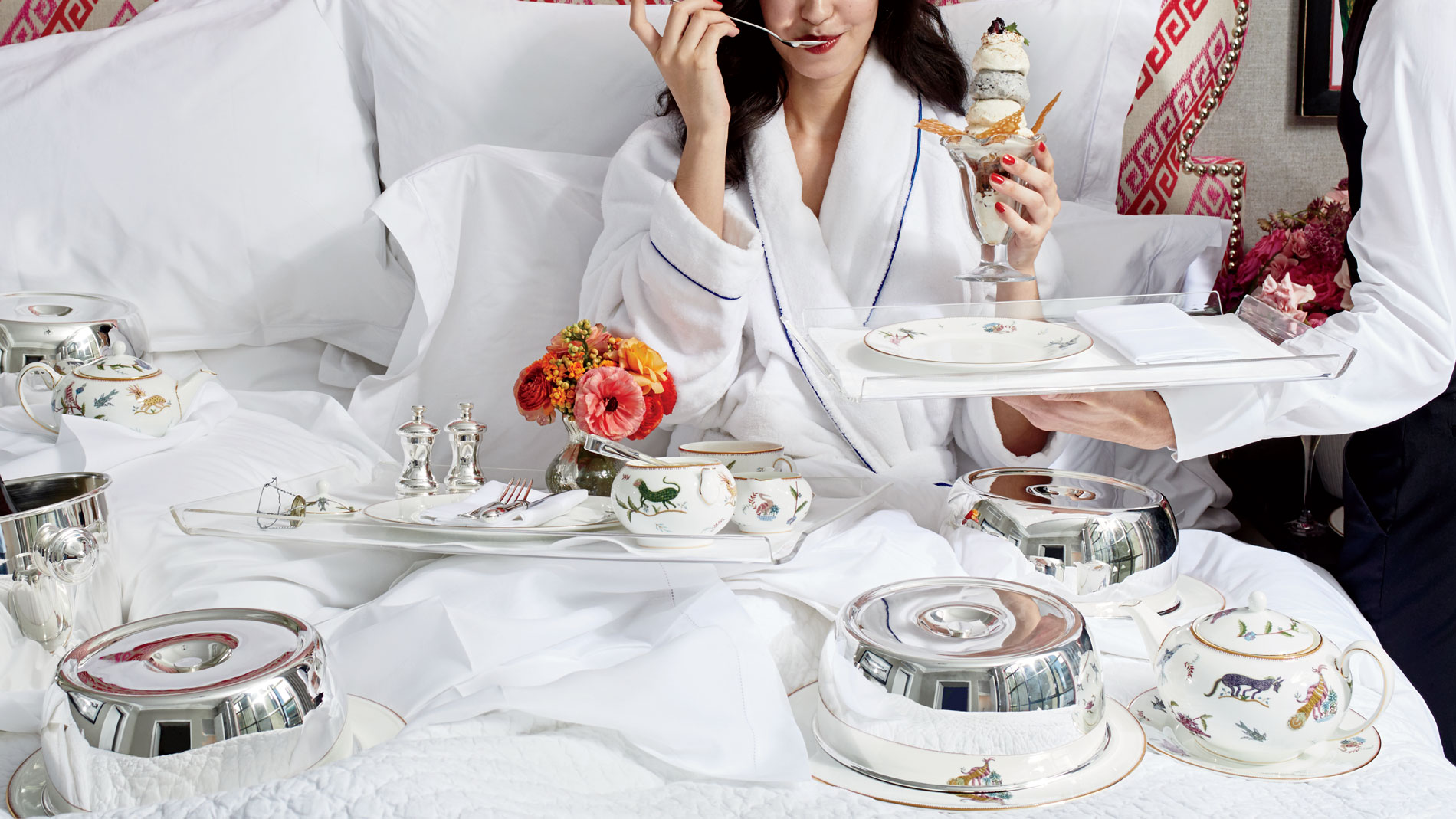 Room Service: No One Orders Hotel Room Service Anymore: Here's Why