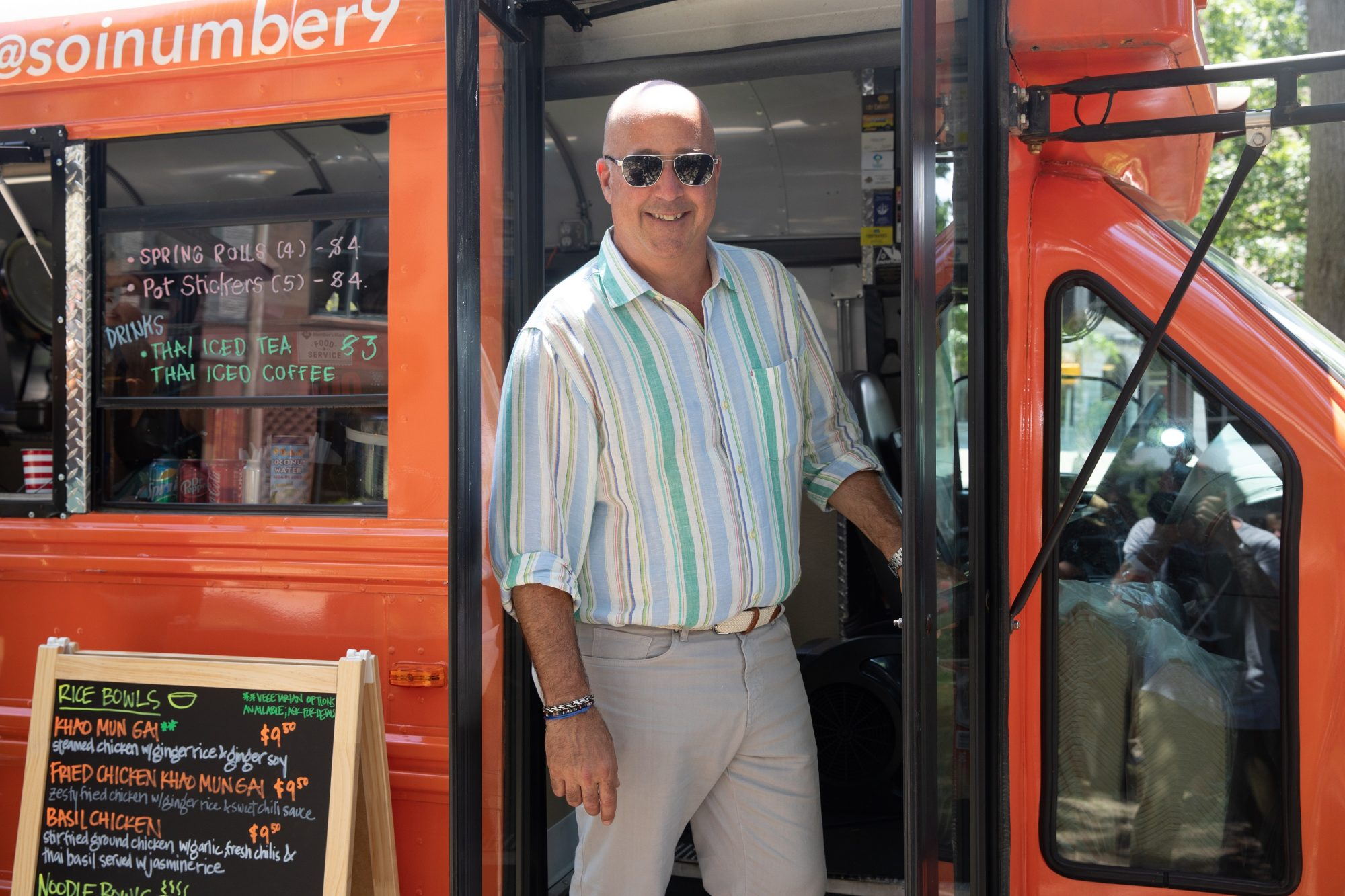 Andrew Zimmern Drops $10,000 Tips at Food Trucks on Upcoming Food Network Series