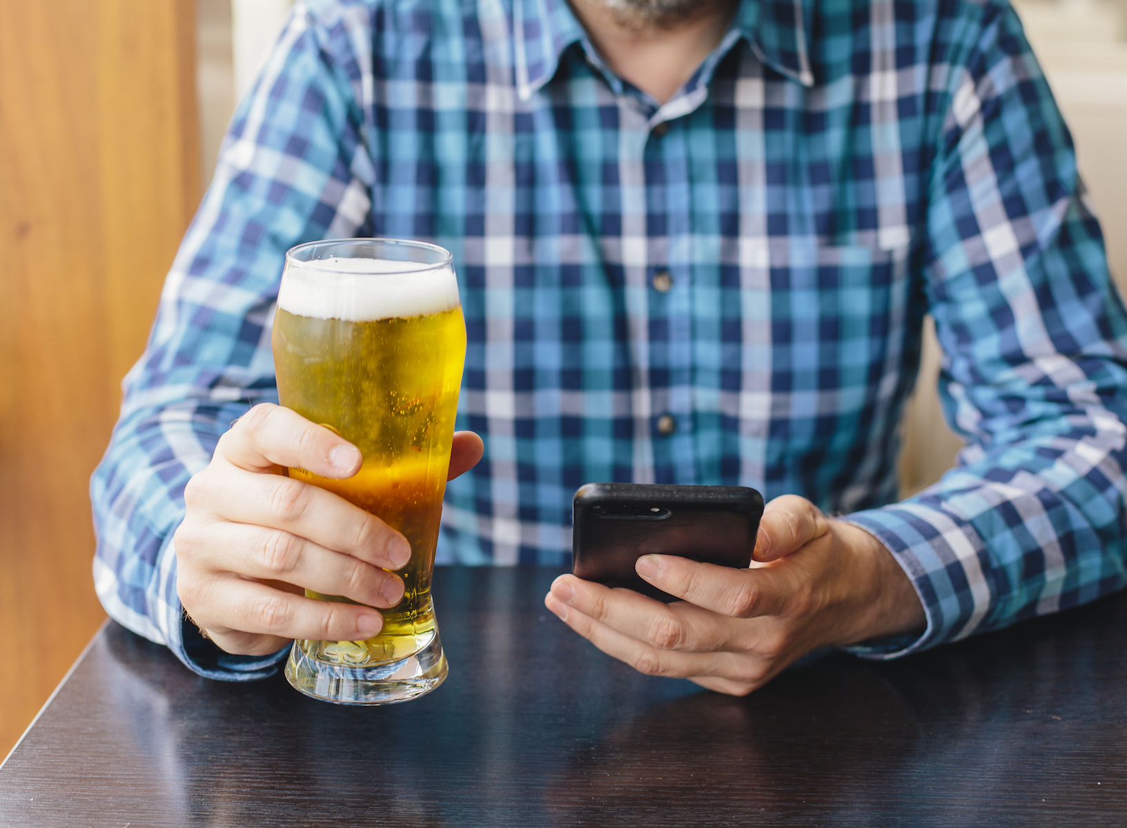 This App Offers Free Beer Just for Rating Breweries