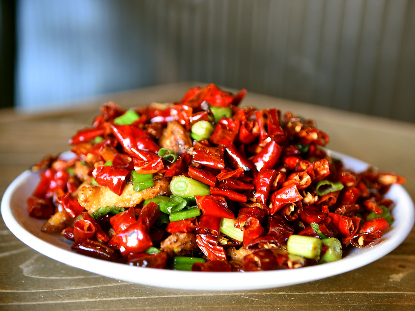 A Lesson on Fiery Szechuan Chicken Dish La Zi Ji, from the Front Lines of the Clean Plate Club
