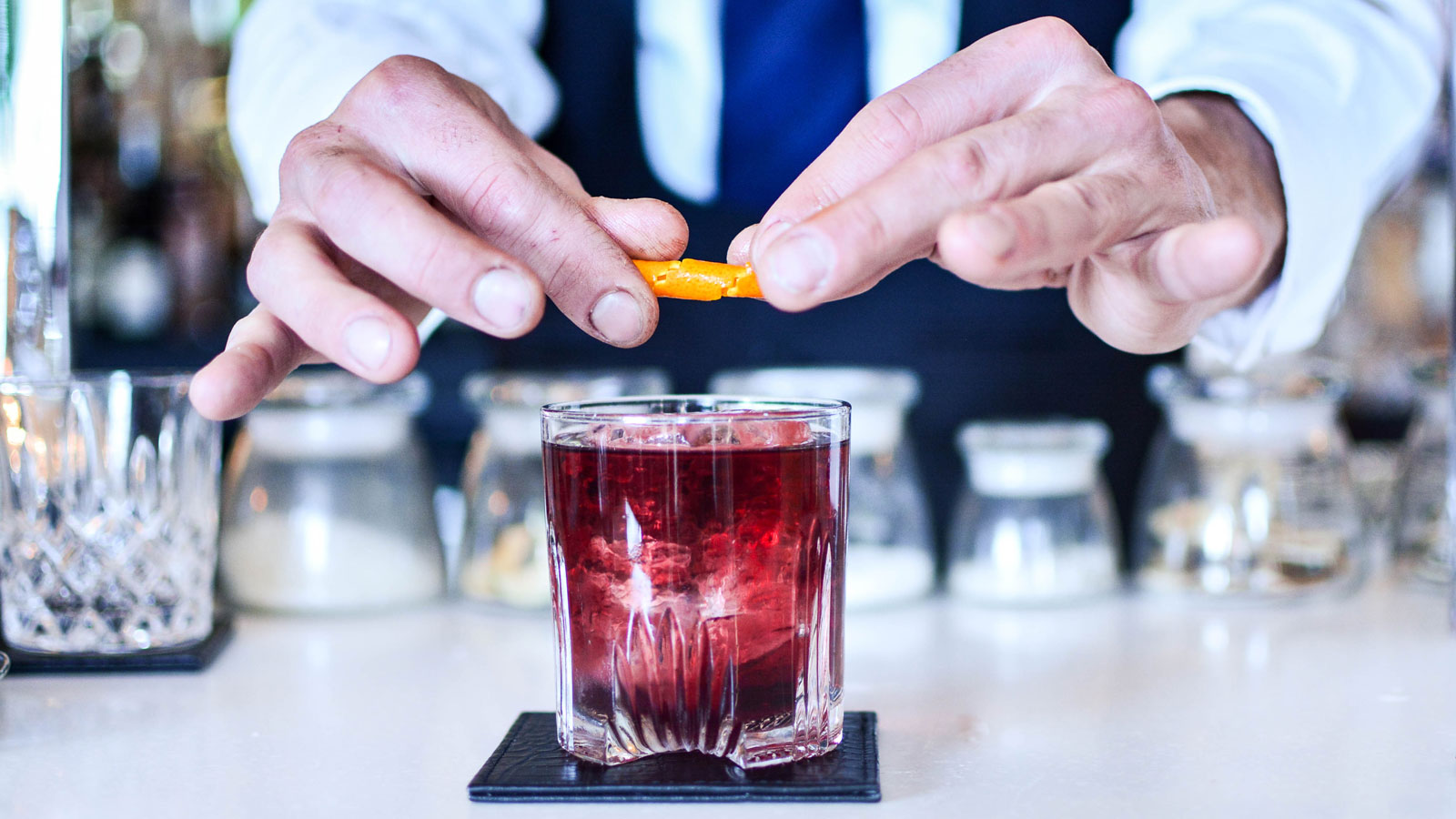 How to Order an Off-the-Menu Cocktail Like a Pro