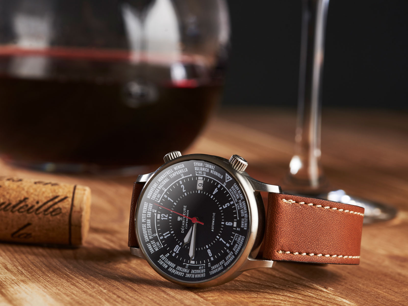 This Watch Tells You Exactly How Long to Decant Wine