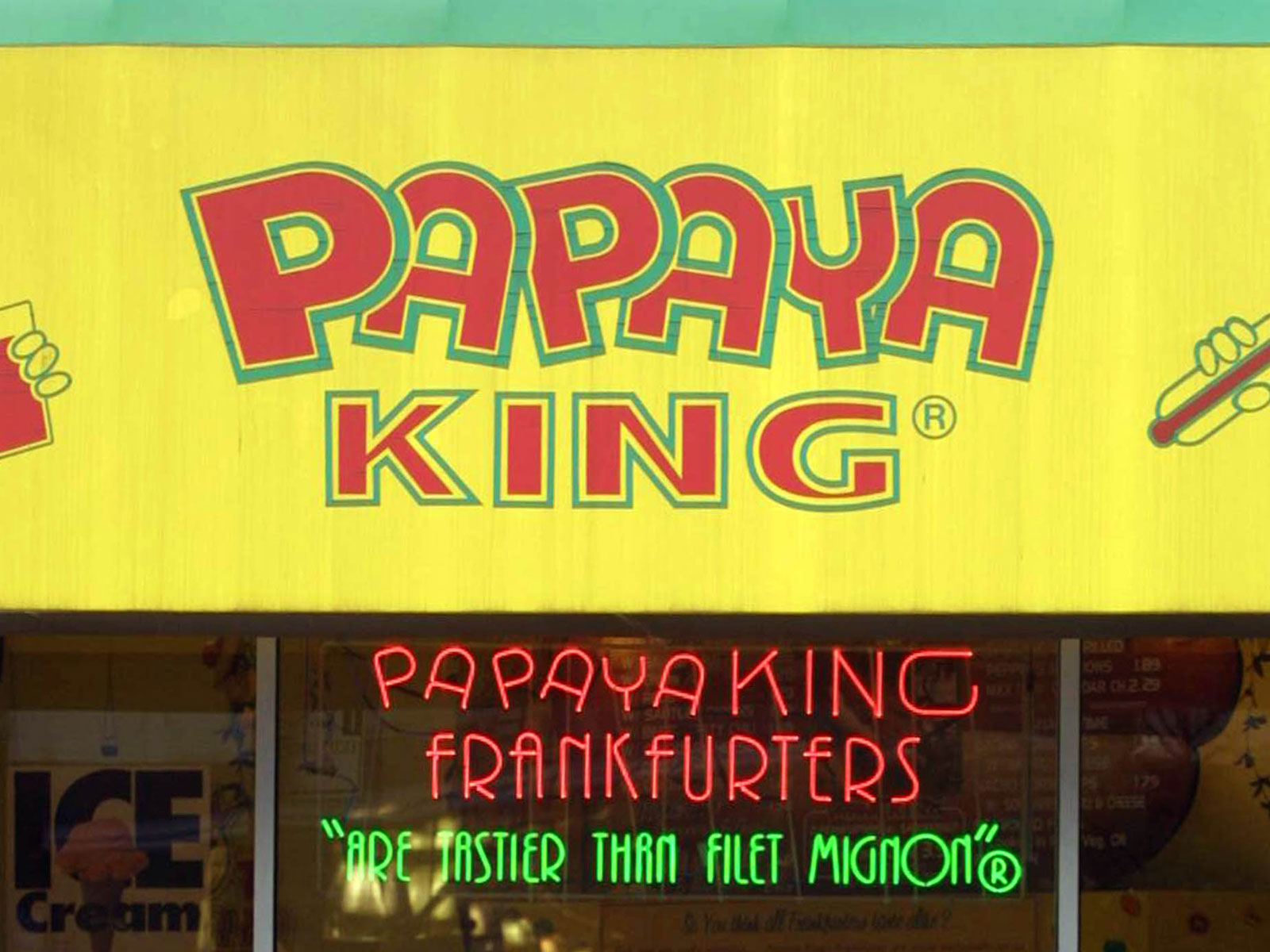 NYC's Papaya King Attempts a Nationwide Expansion (Again)