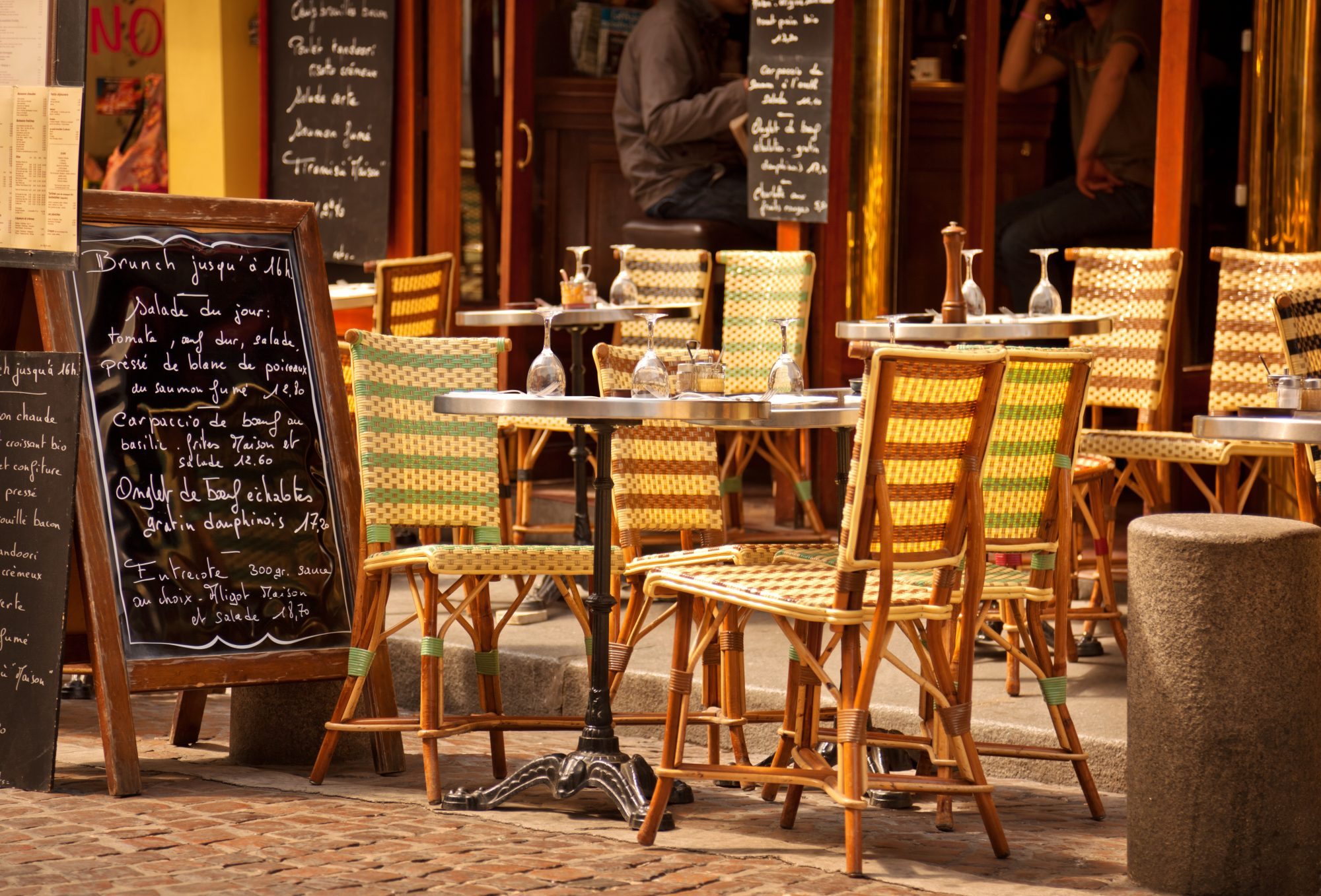Paris-Cafe-112618.jpg