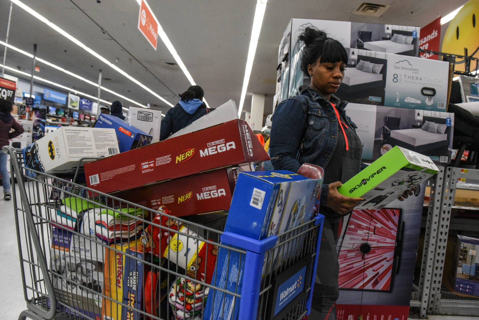 Walmart Kicks Off Black Friday Deals With a Thanksgiving Cookie Party