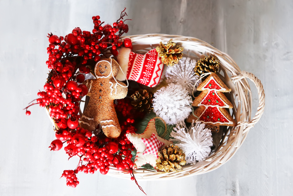 holiday-gift-basket-ideas-blog1018.jpg