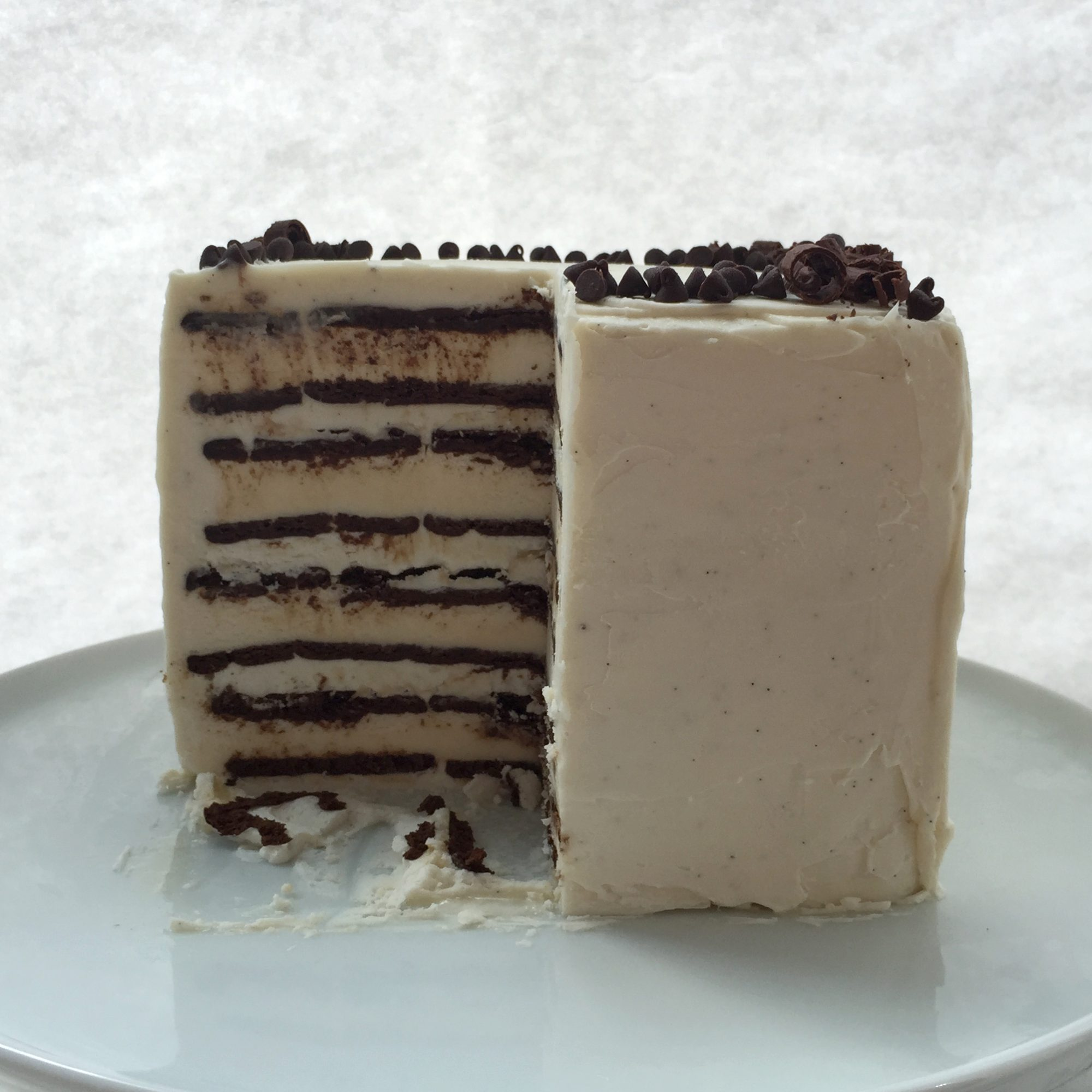 How to Make the Easiest DIY Ice Cream Cake Ever