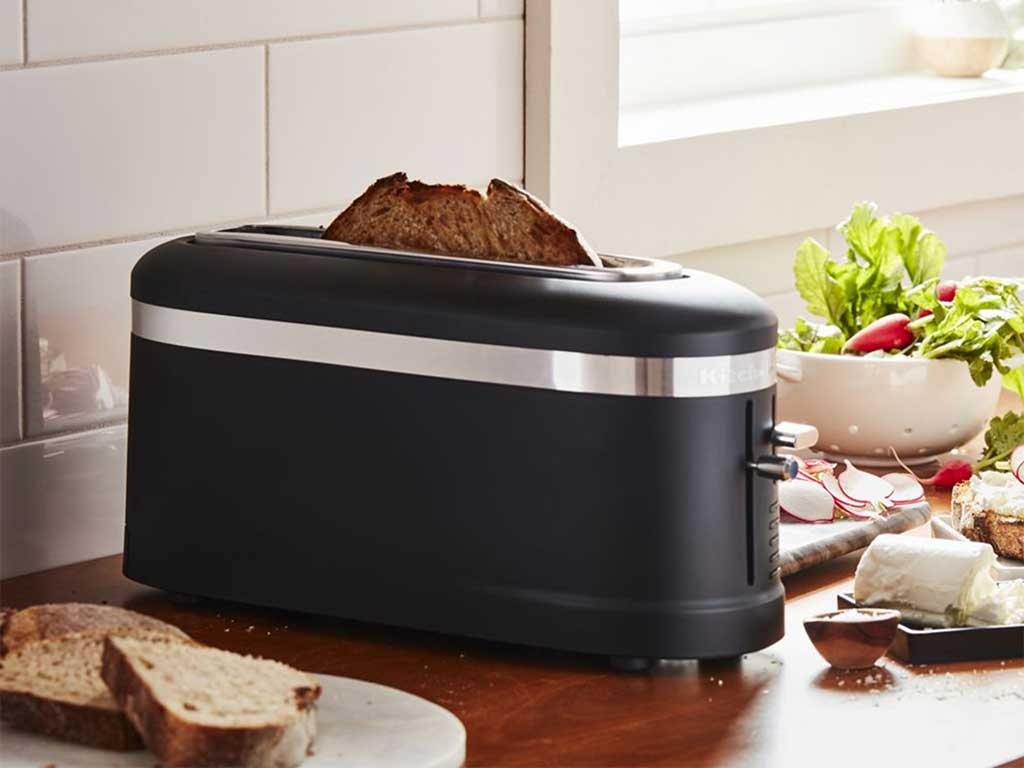 kitchenaid-toaster-matte-black.jpg