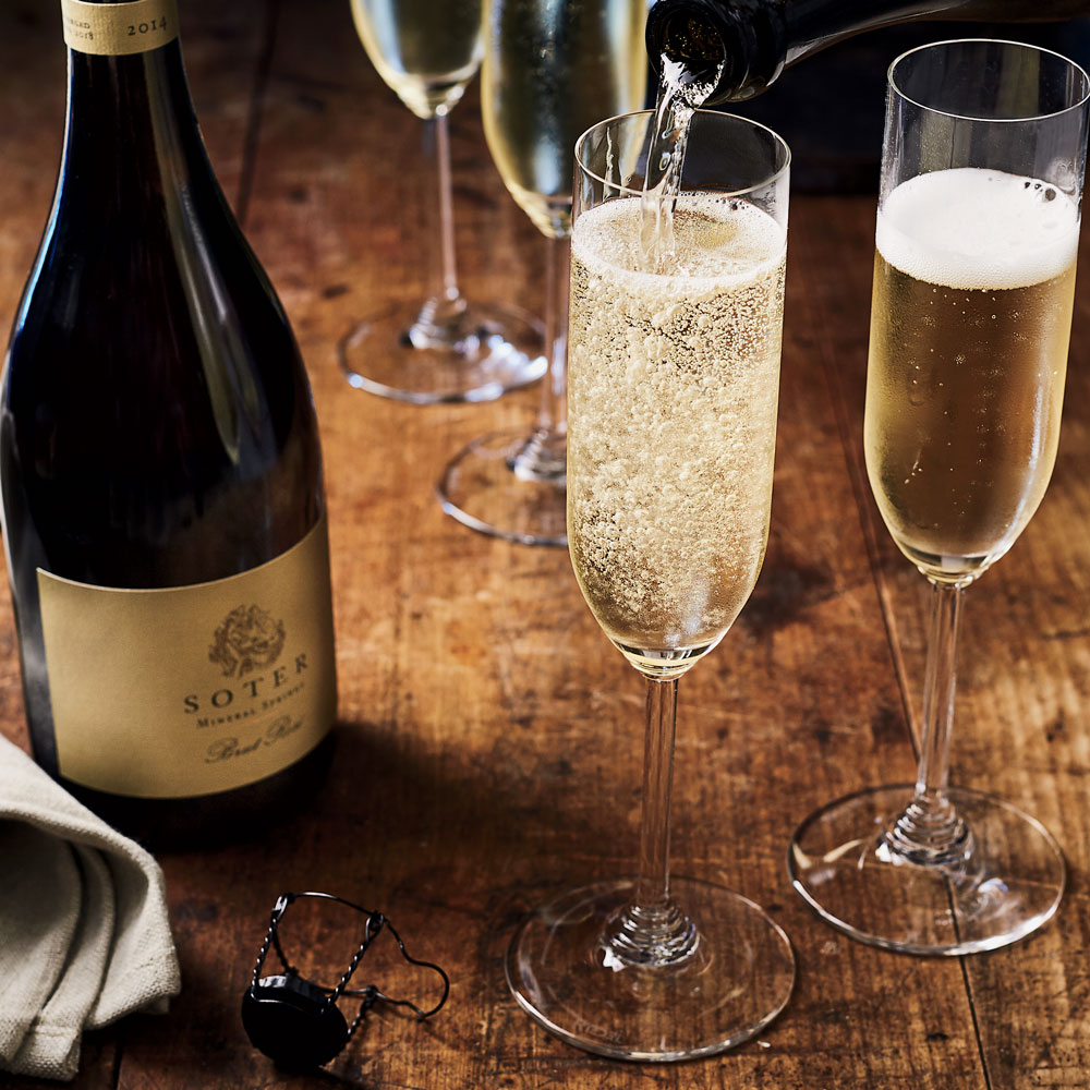 8 Oregon Sparkling Wines That Rival Champagne