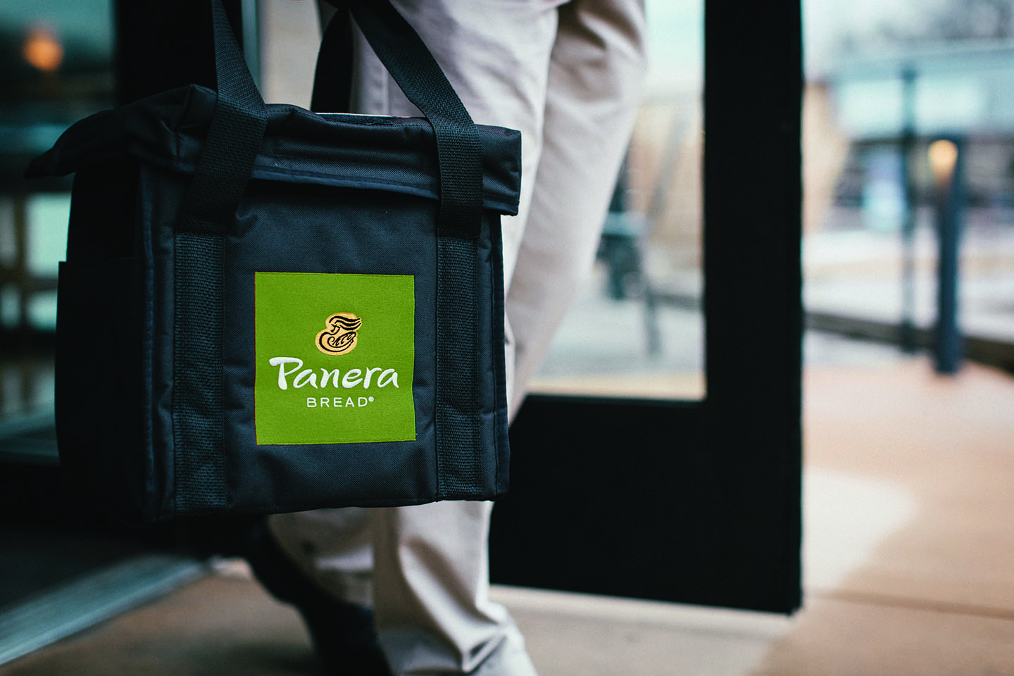 Panera Bread Launches Breakfast Delivery