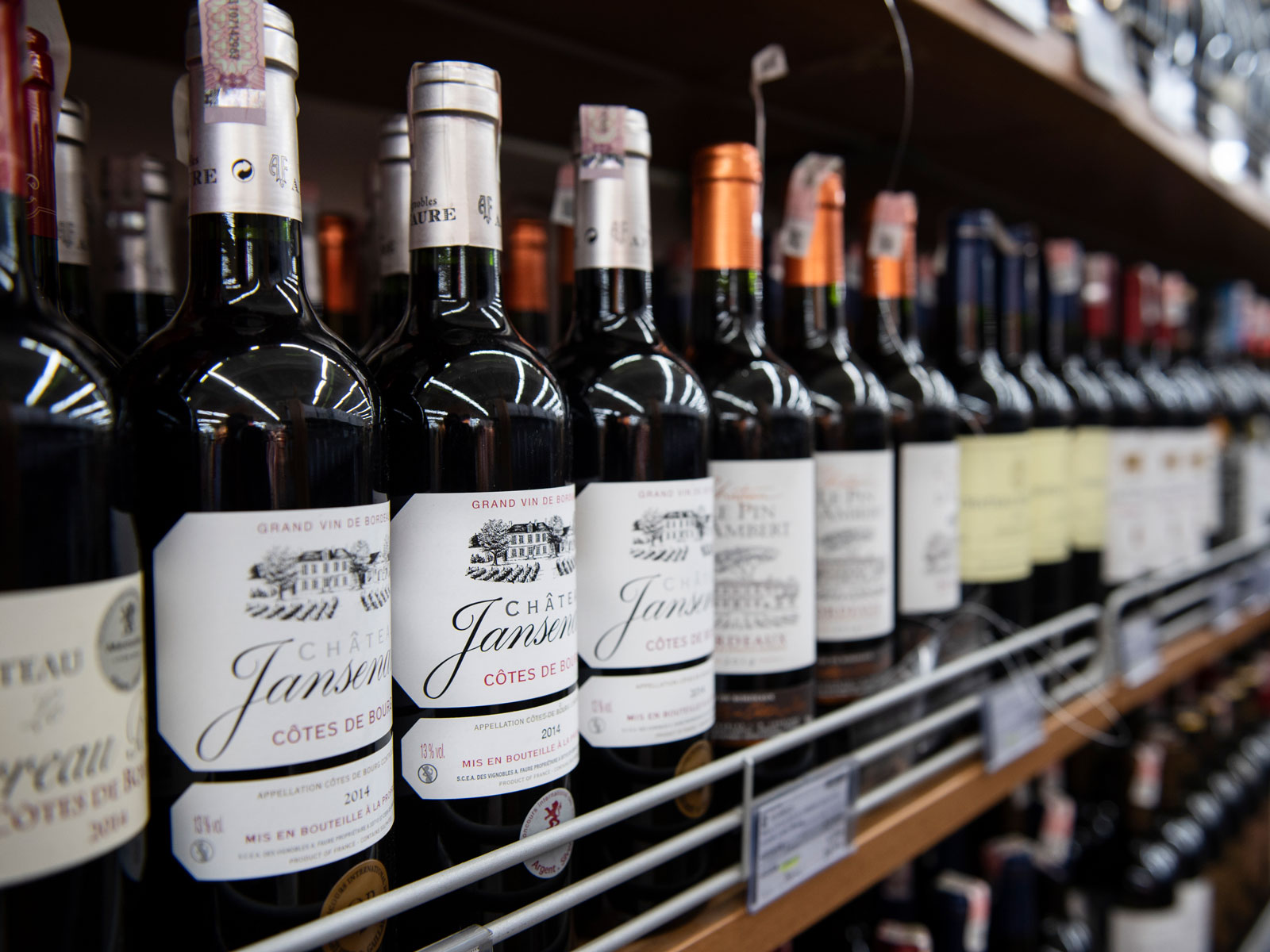 Would Lower Tariffs on Exported Wine Change Europeans' Drinking Habits?