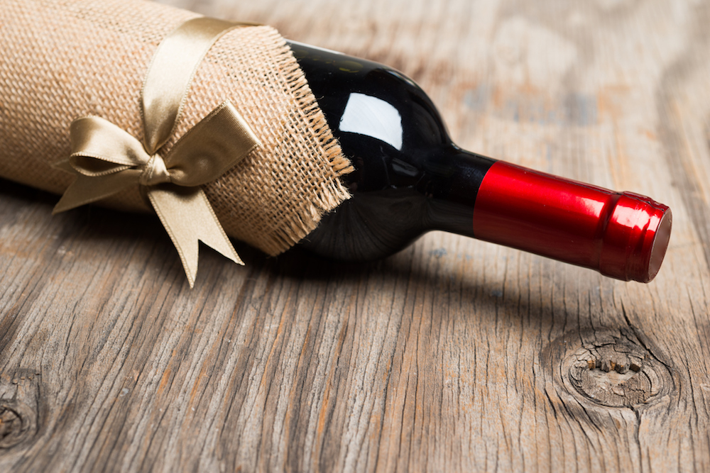The Best Wines to Bring to Thanksgiving Dinner When You're a Guest