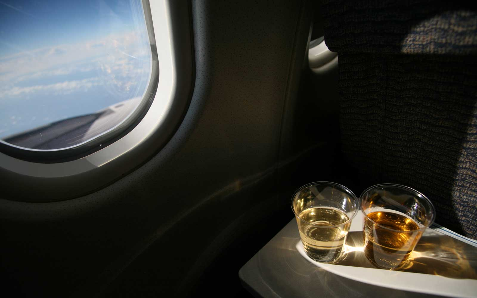 Another U.S. Airline is Raising Drink Prices on Flights