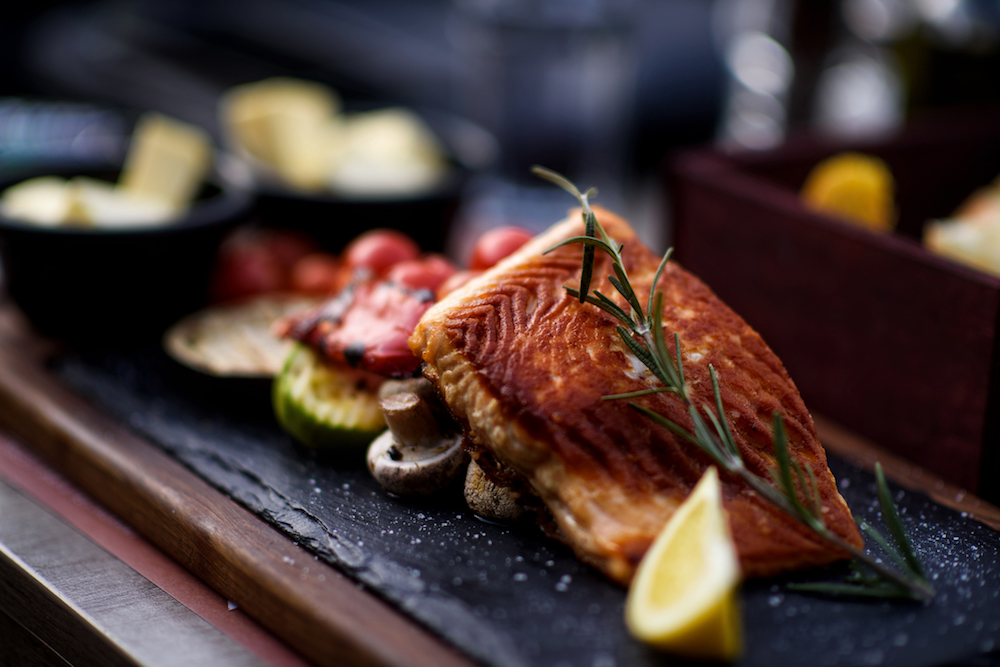 Should You Eat Fish During Pregnancy?