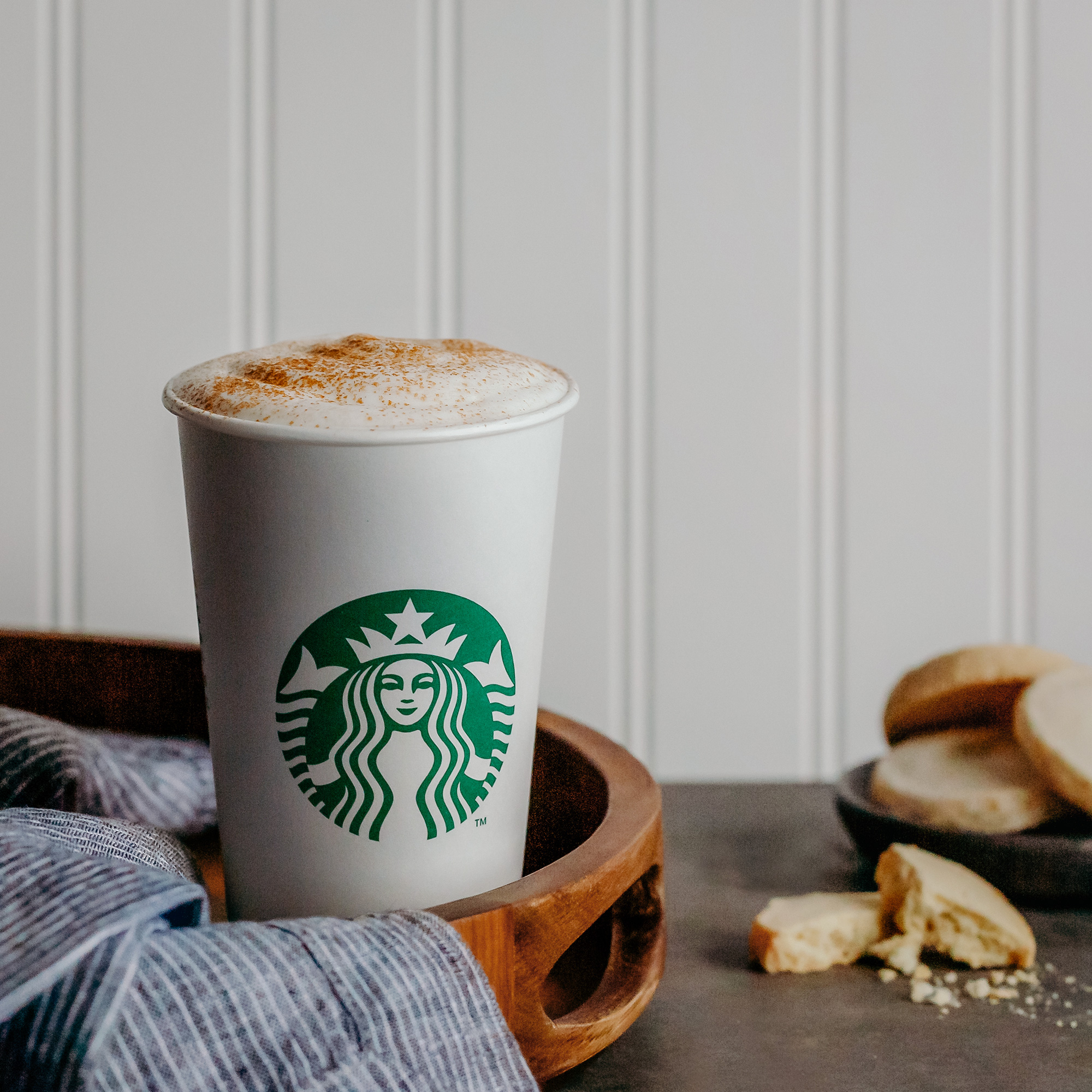 We Tried Starbucks' New Cinnamon Shortbread Latte and It Tastes Like Cookie Butter